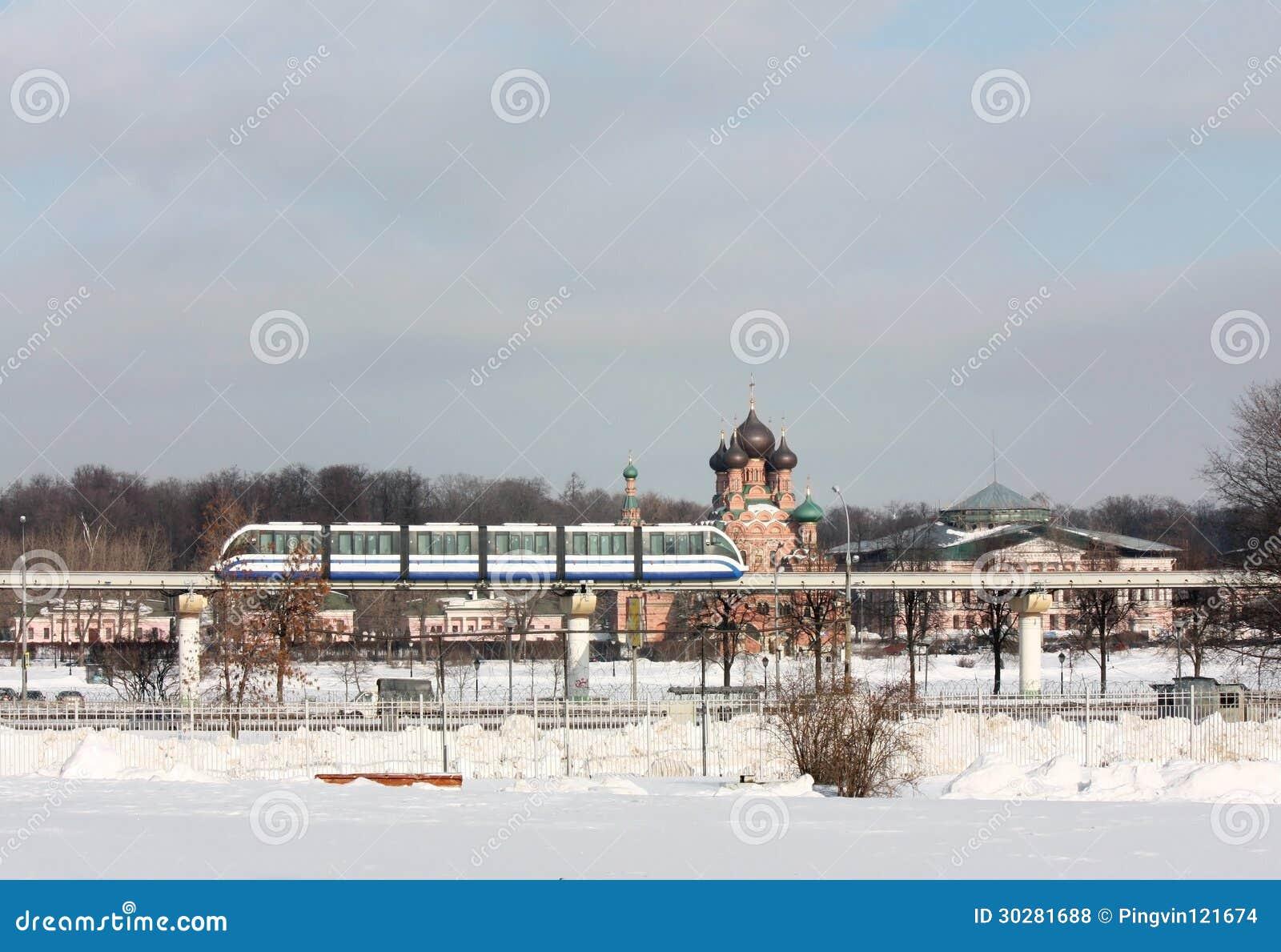 单轨铁路车在莫斯科