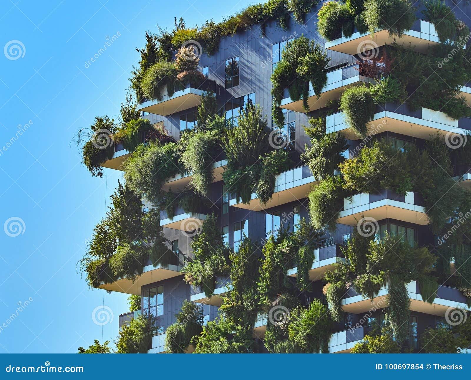 博斯科Verticale垂直的森林由斯特凡诺Boeri,能承受的建筑学设计了在波尔塔Nuova区,在米兰