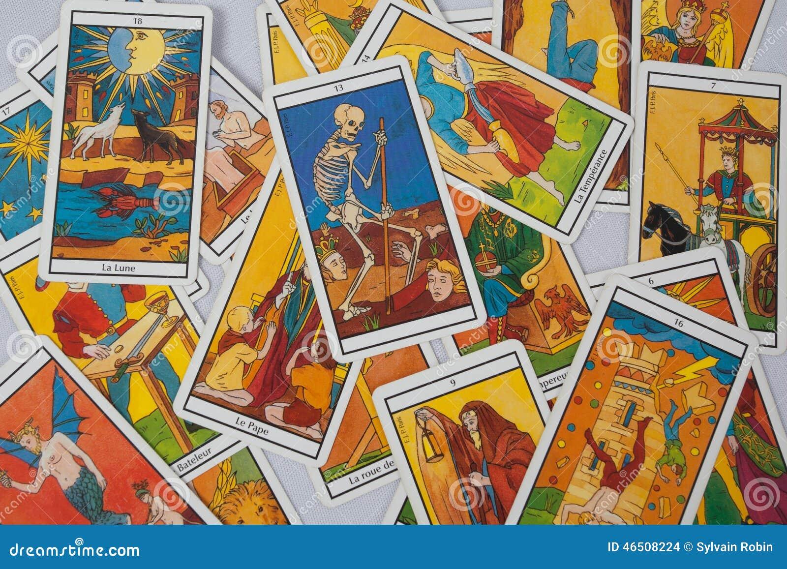 占卜占卜用的纸牌