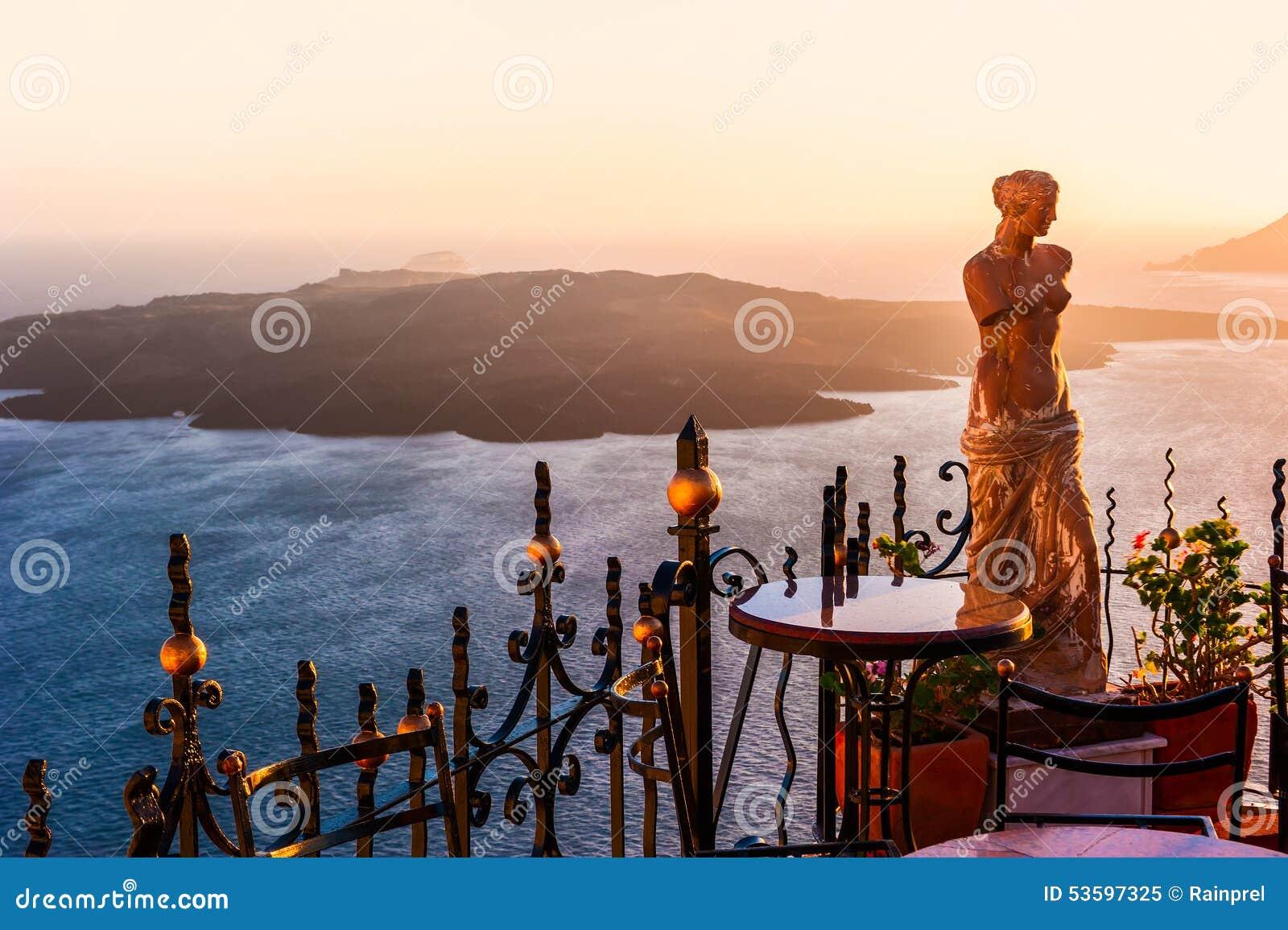 卡美尼岛海岛看法从锡拉,圣托里尼,希腊的