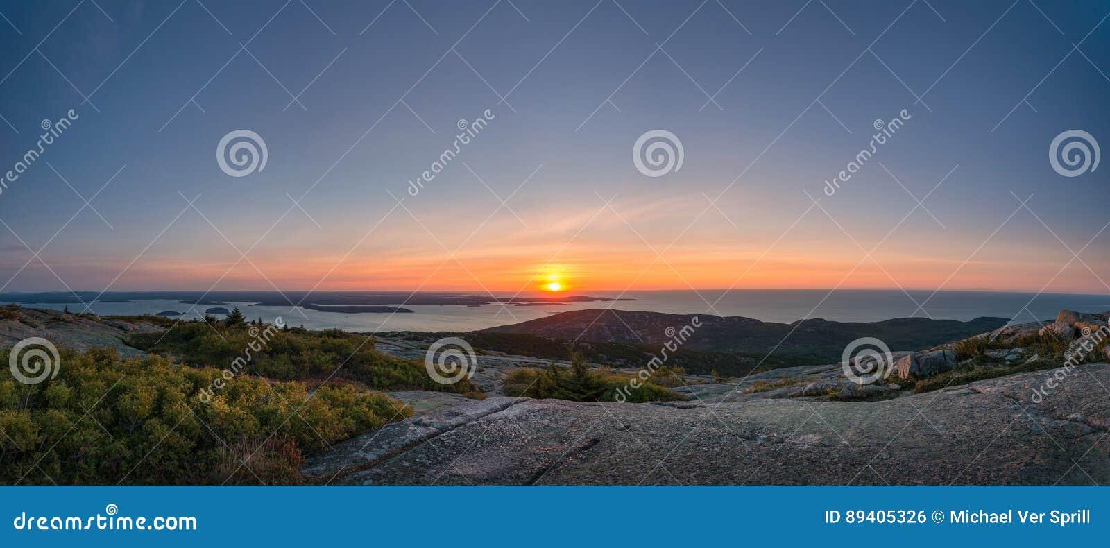 卡迪拉克山日出全景