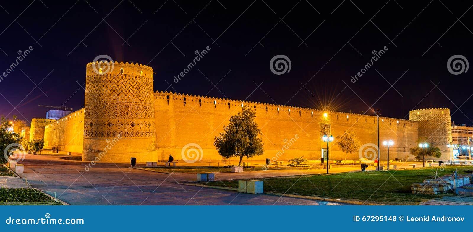 卡里姆汗城堡在晚上在设拉子,伊朗