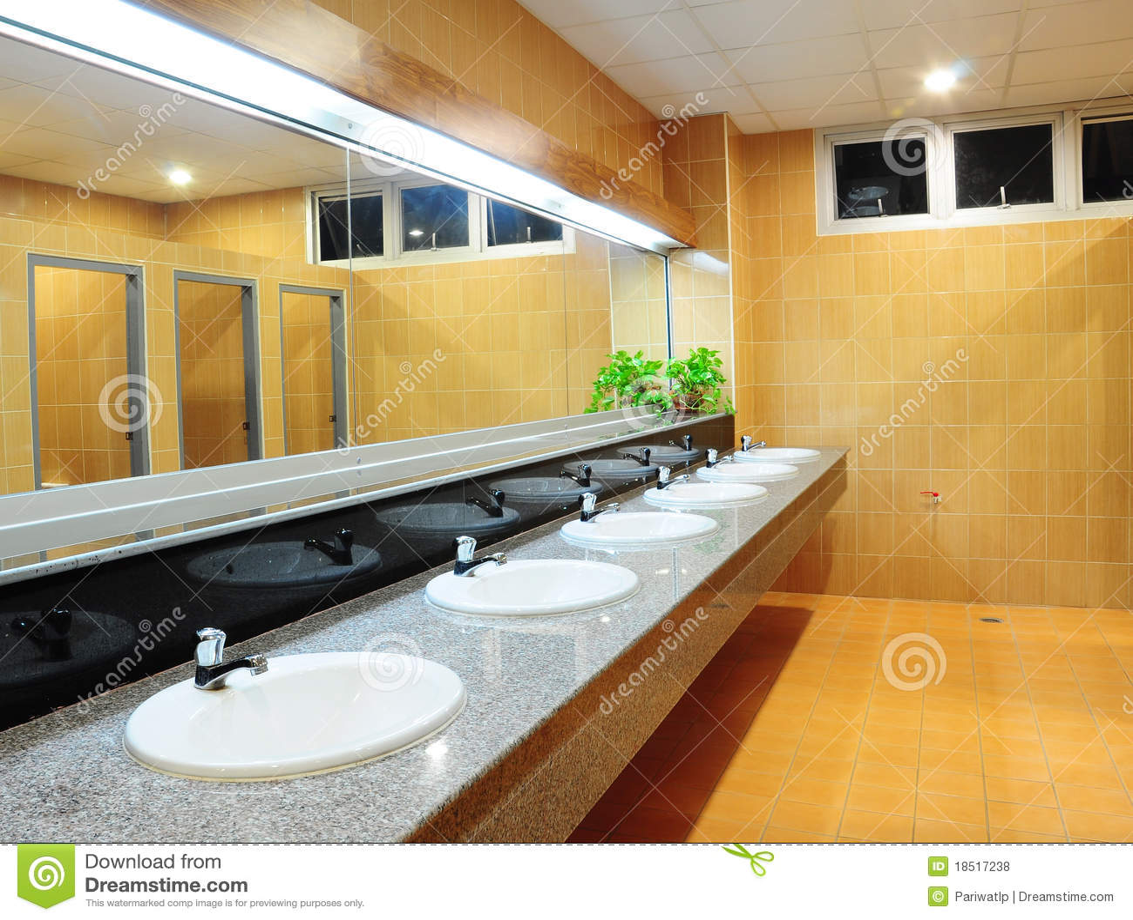 卫生间办公室