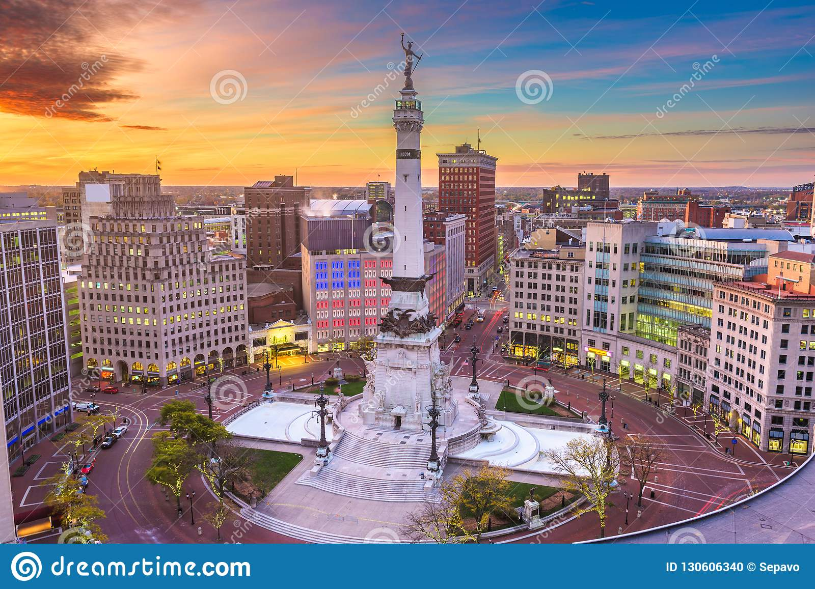 印第安纳波利斯、印第安纳、美国都市风景和纪念碑