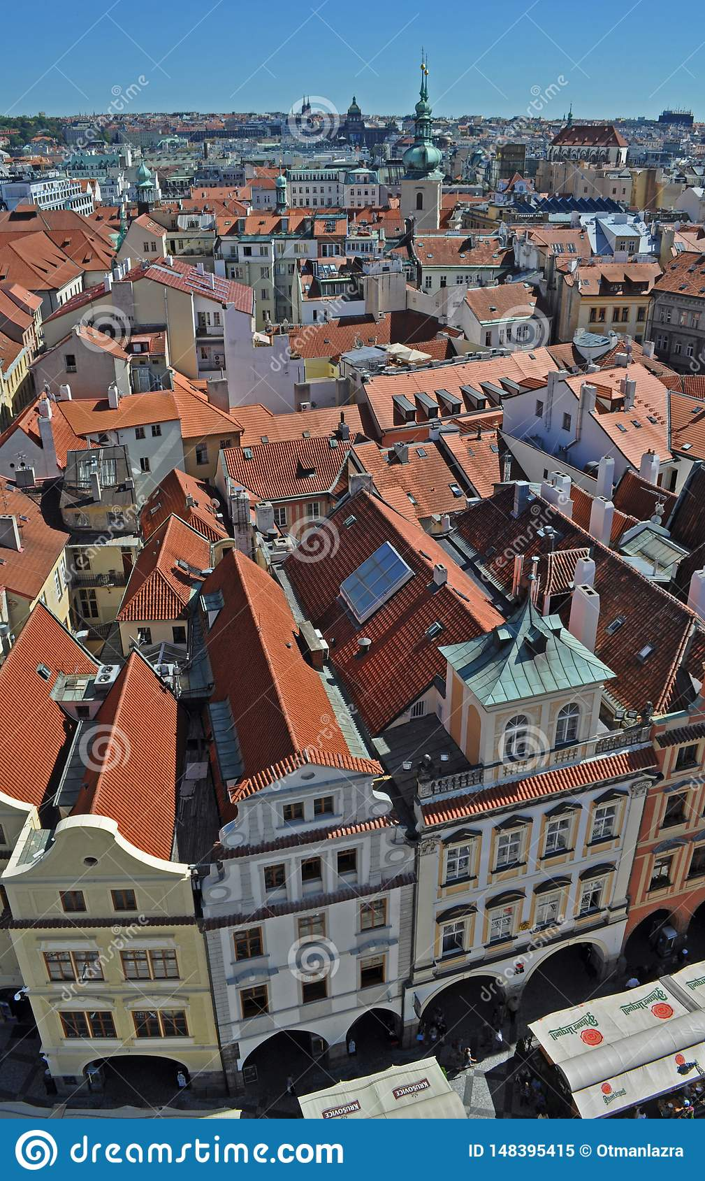 历史中心的布拉格,新村城镇厅,捷克美好的顶视图