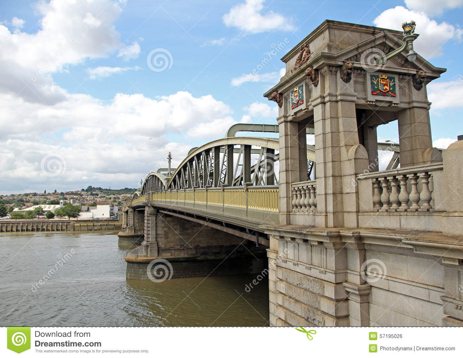 历史的罗切斯特桥梁