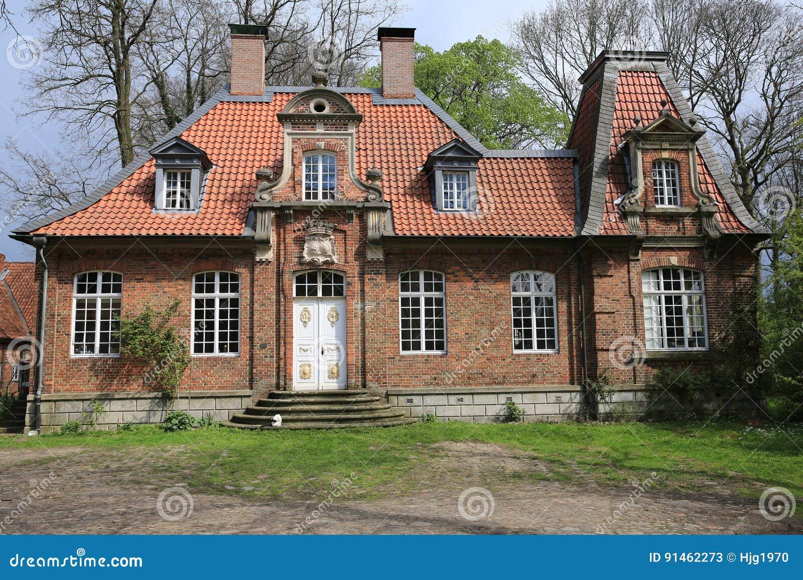历史的豪宅萨森贝尔格在西华里亚,德国