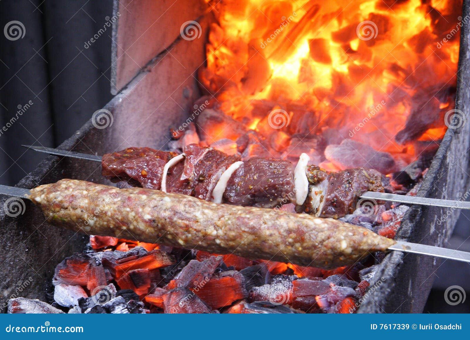 原始的烤肉