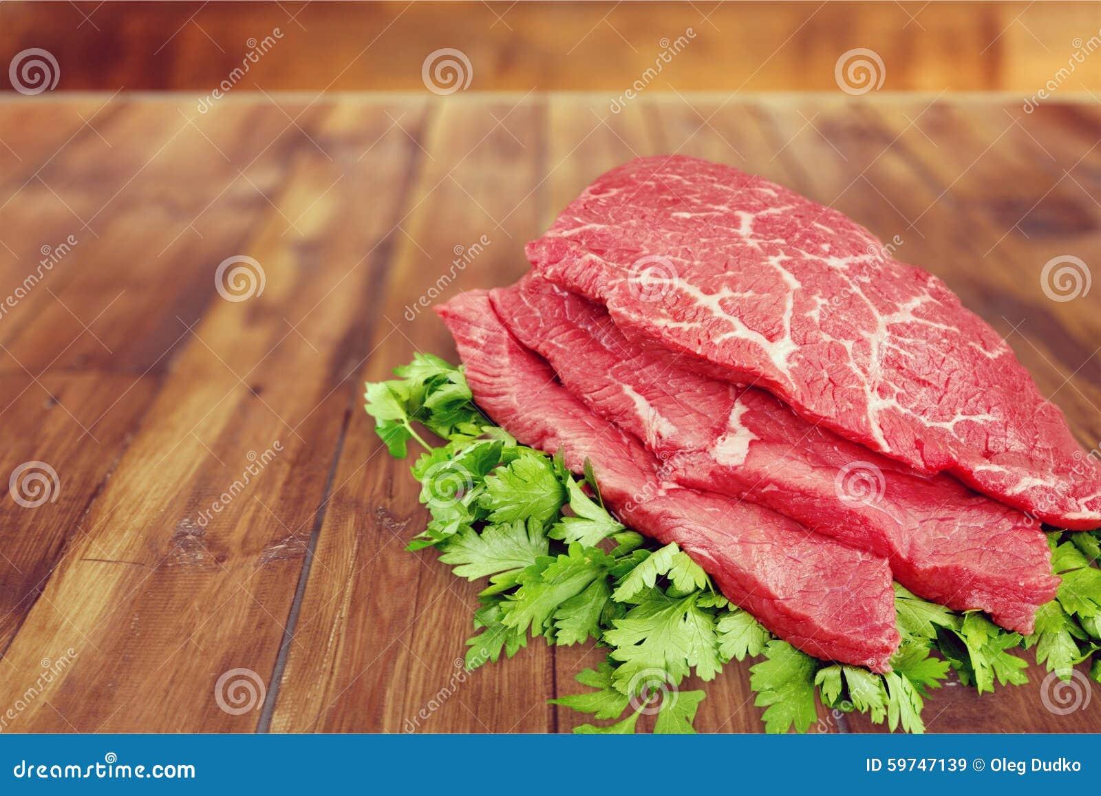 营养牛腩生肉成份切片剁最初.鸡胗猪肉牛肉图片