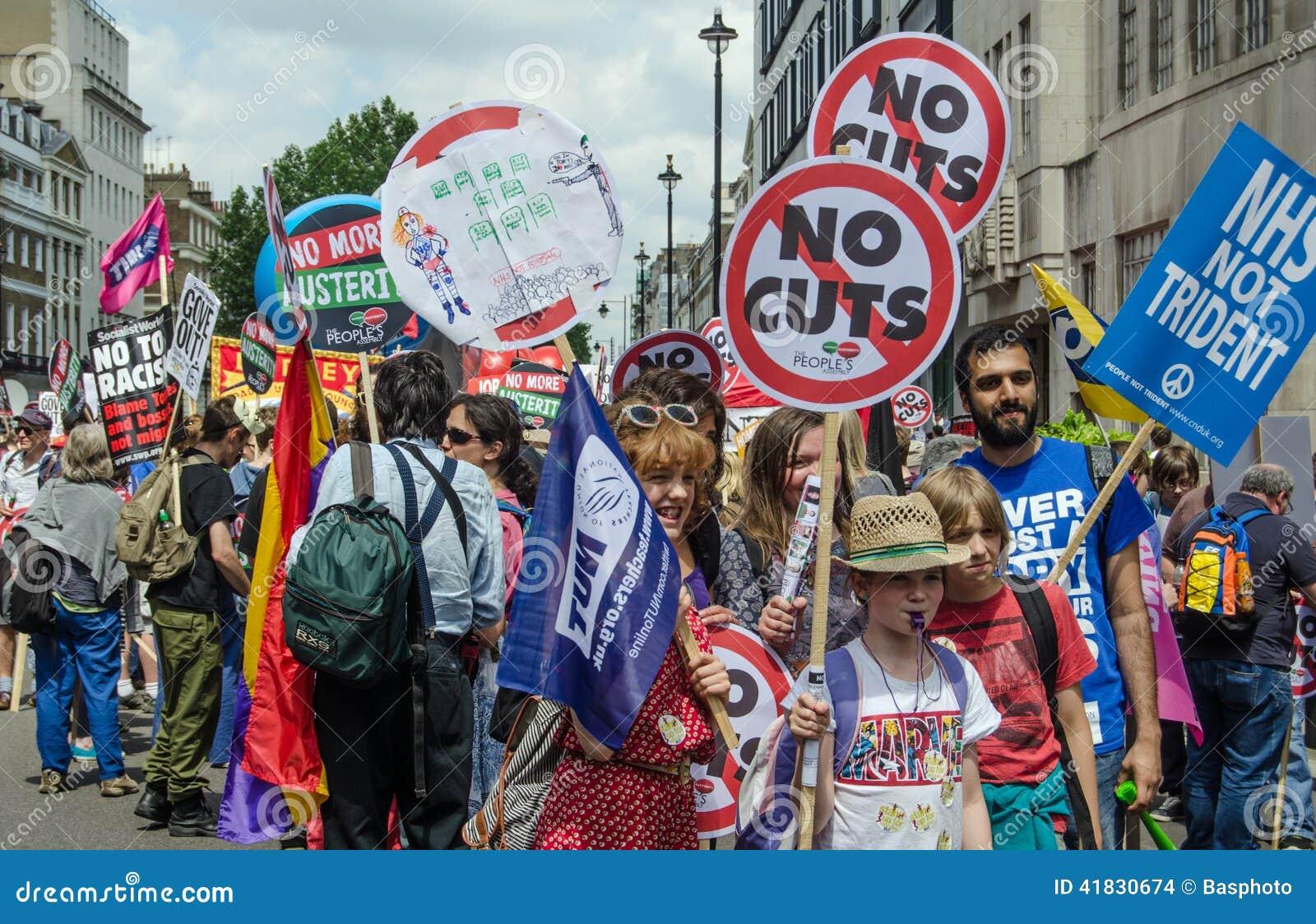 反政府抗议,伦敦