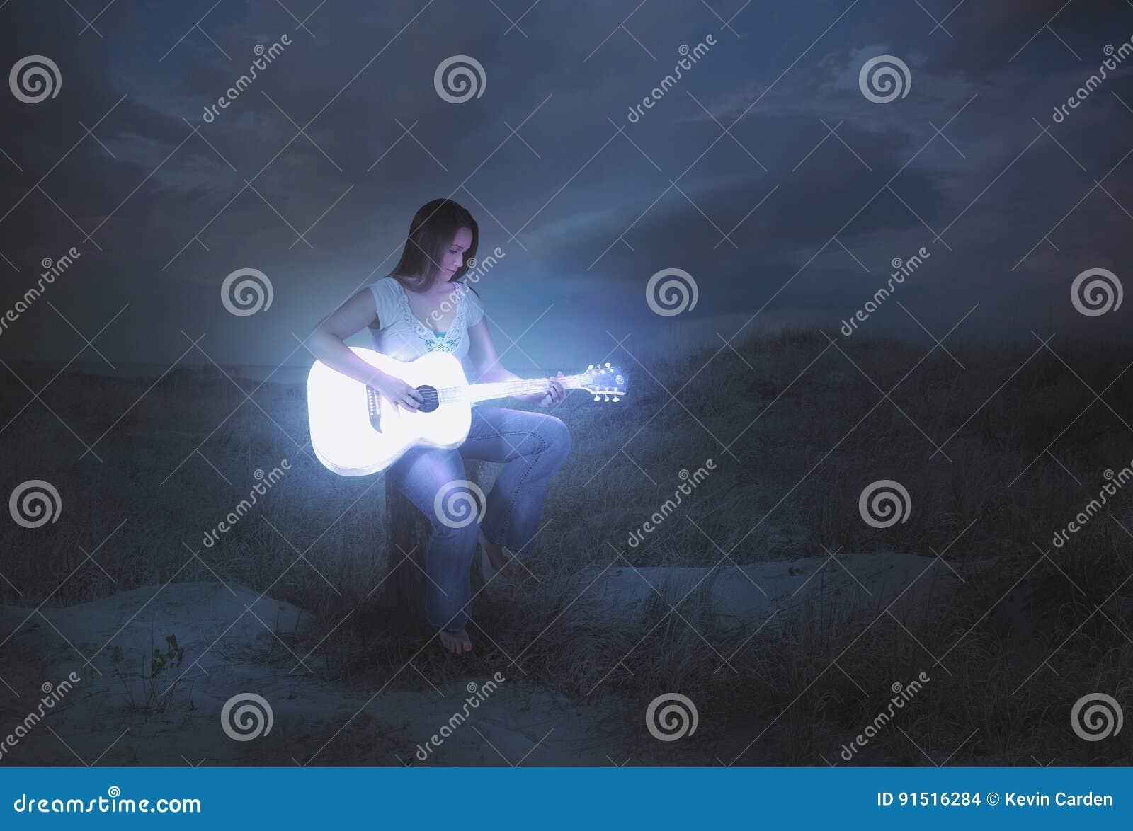 发光的吉他在晚上