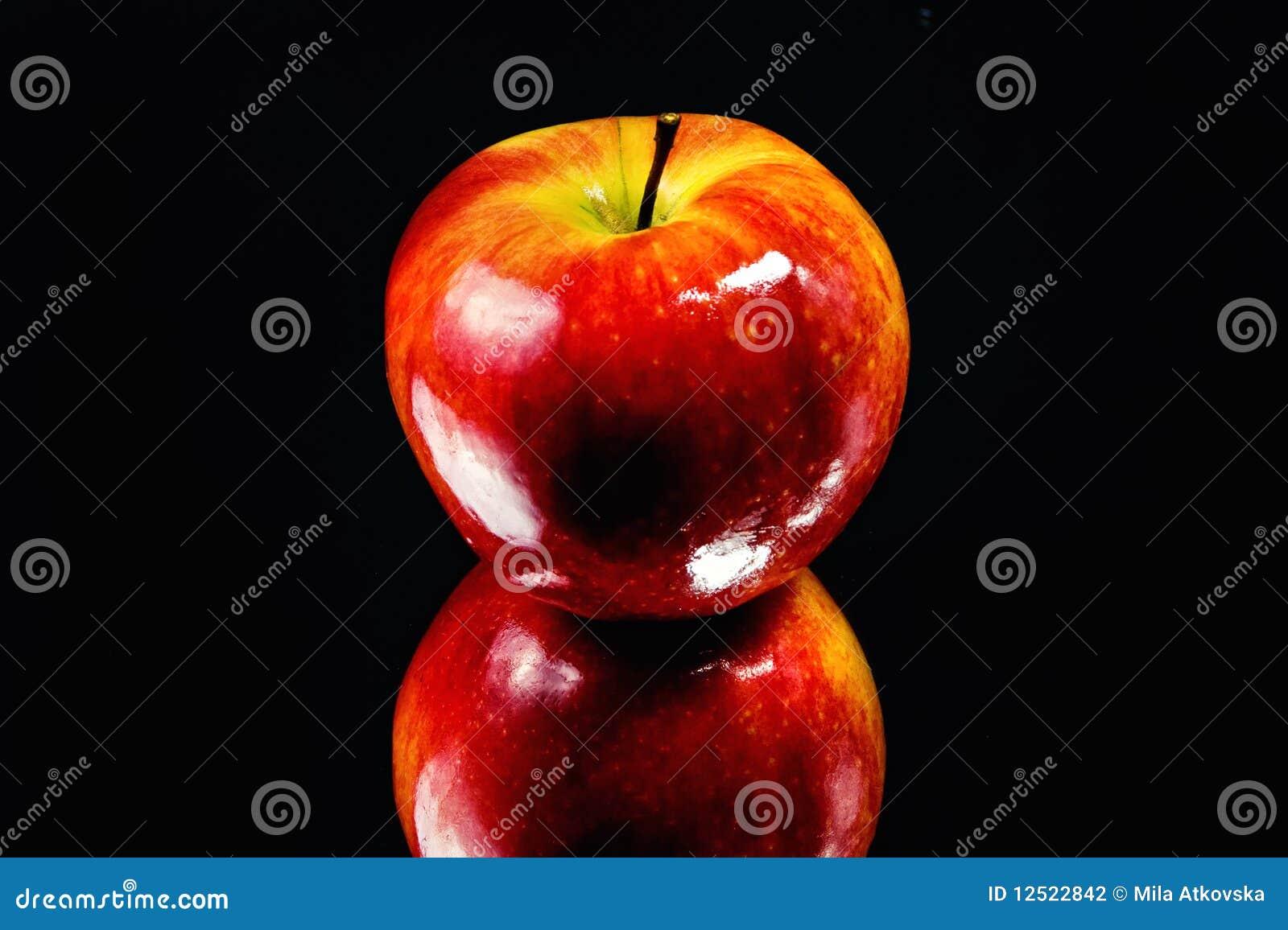 发光的苹果