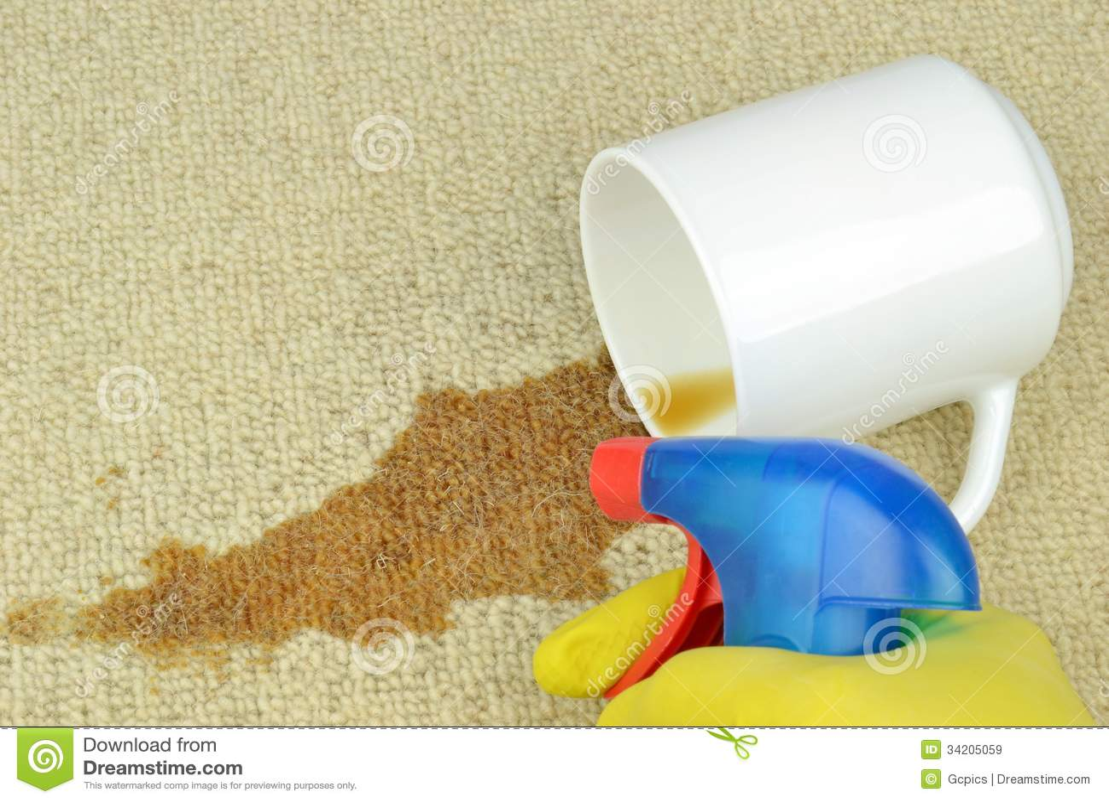 取消咖啡污点从地毯