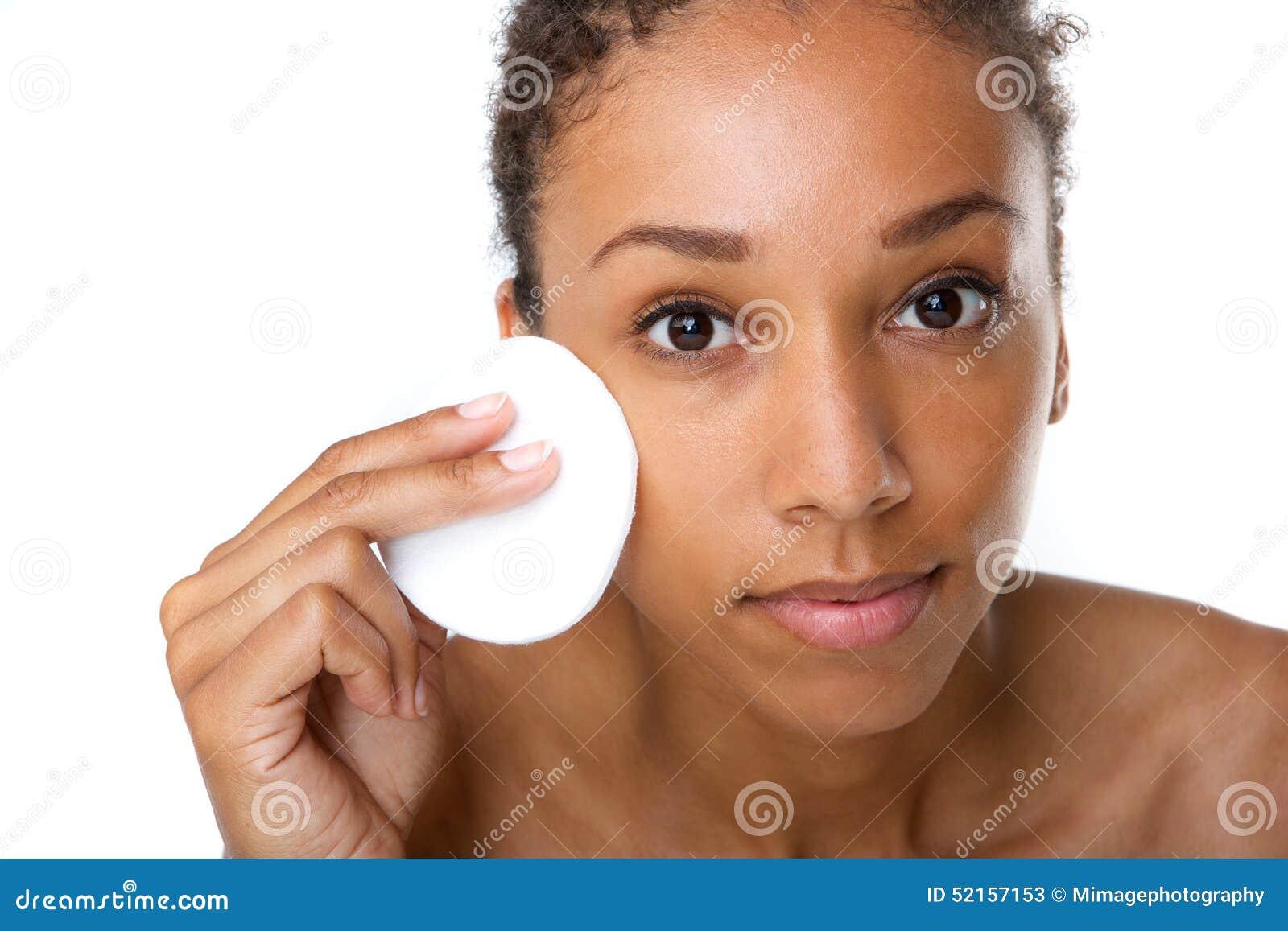 取消构成的非裔美国人的妇女与海绵