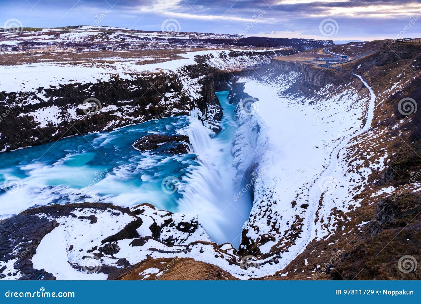 古佛斯瀑布瀑布在冬天,冰岛