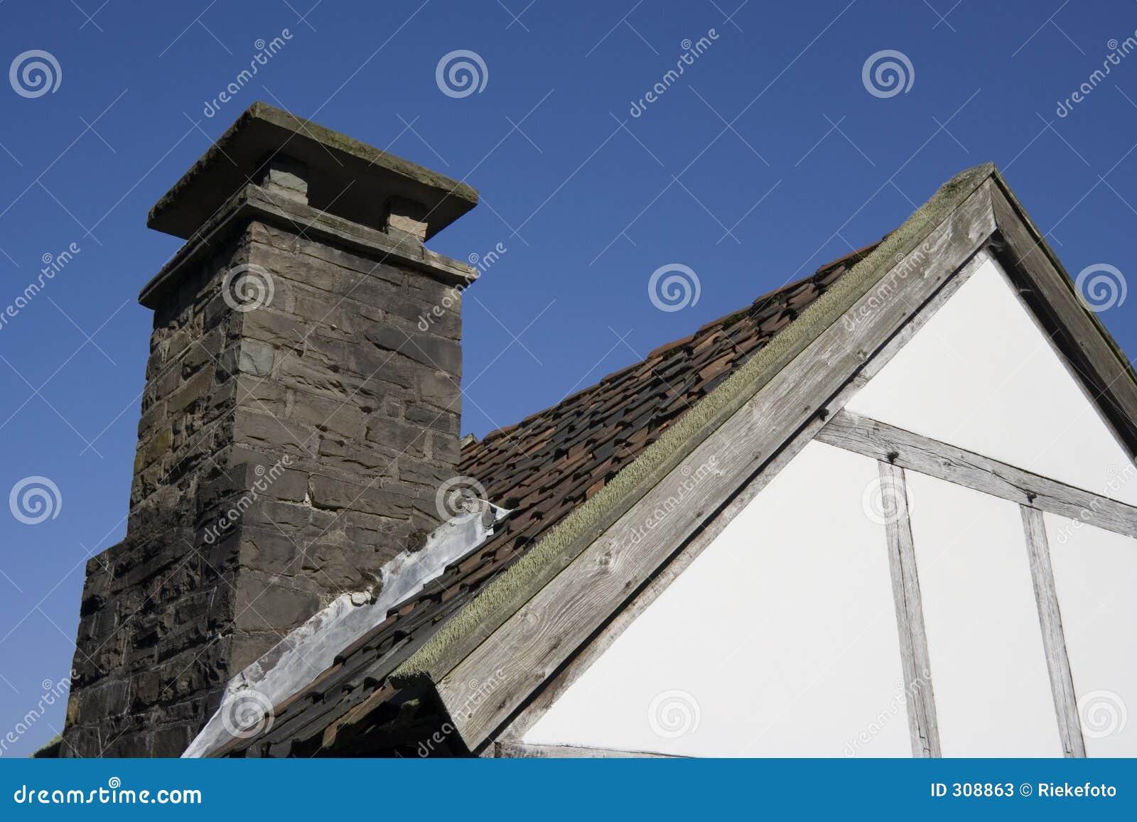 古老房子屋顶