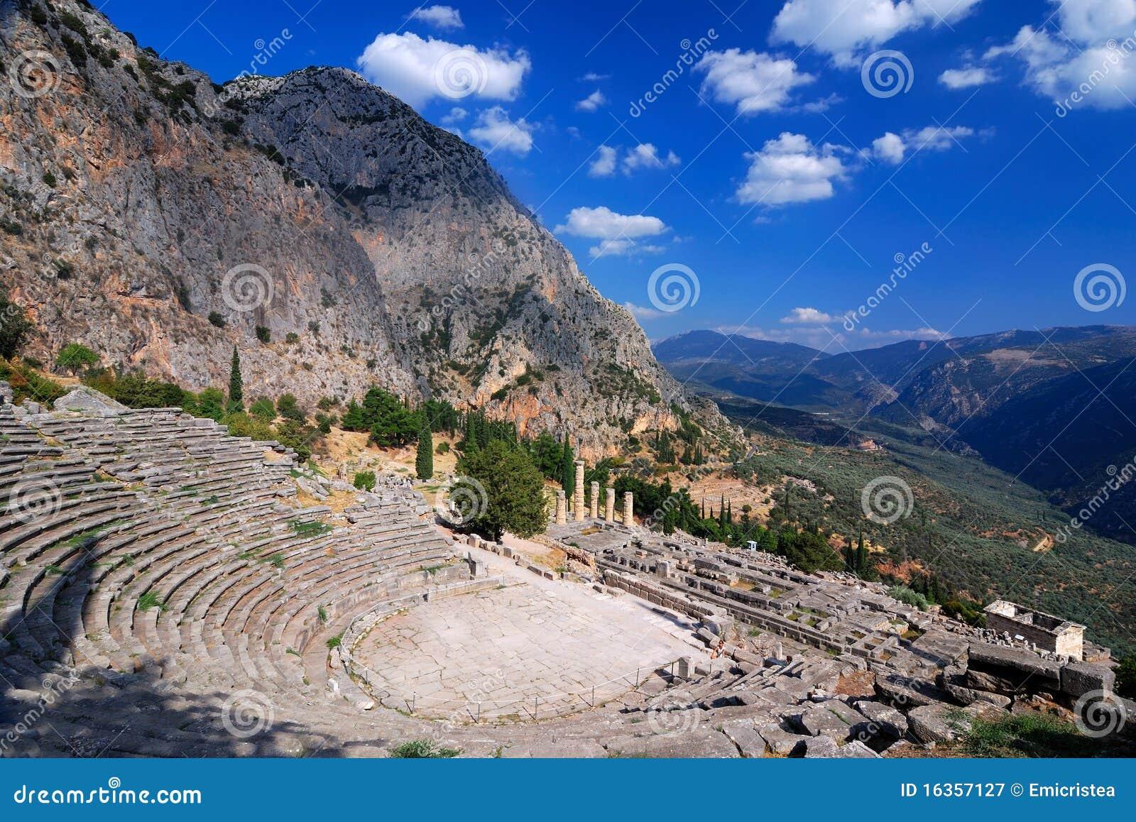 古老特尔斐希腊山parnassus废墟