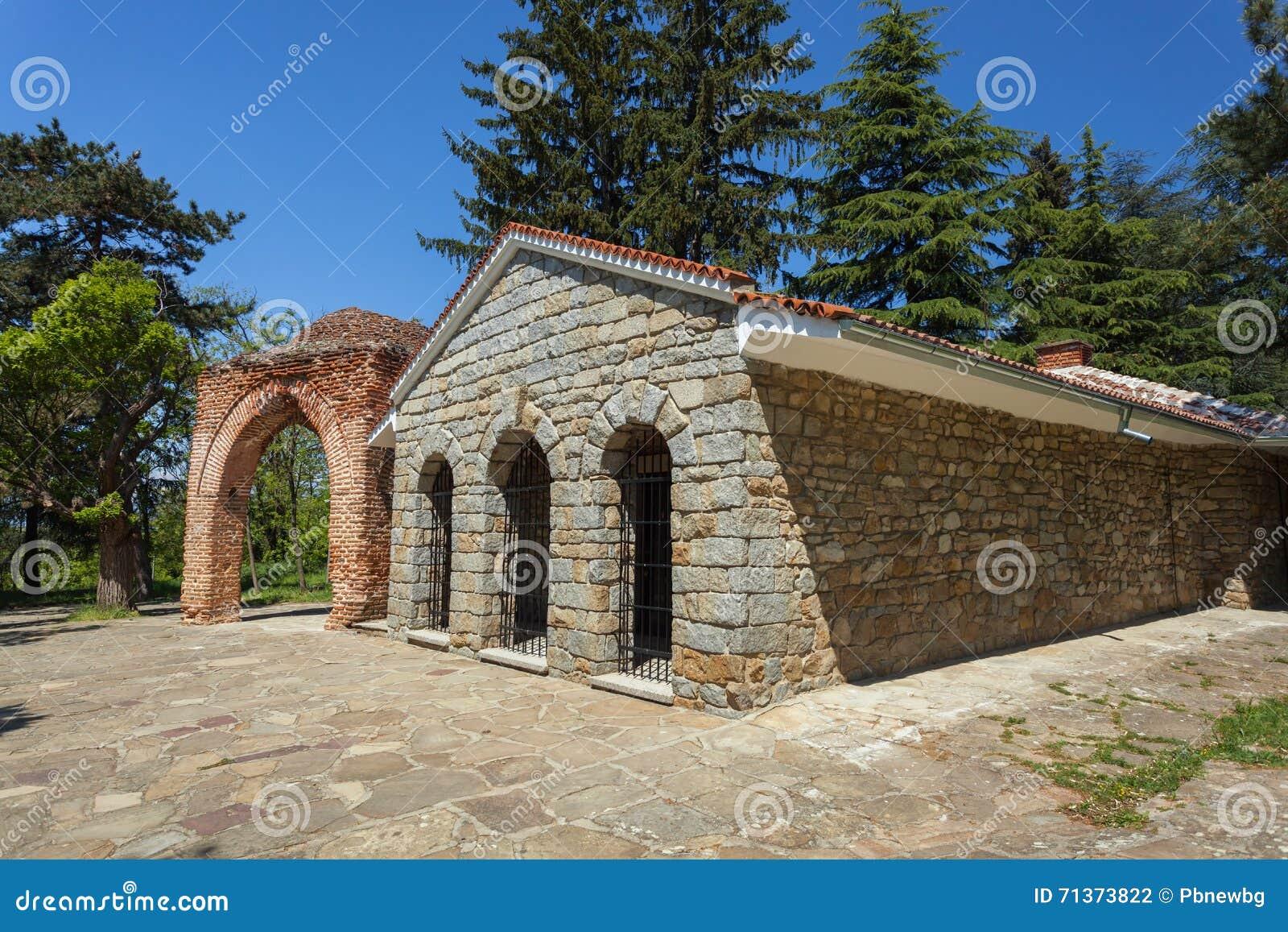 古老Thracian坟茔在卡赞勒克,保加利亚