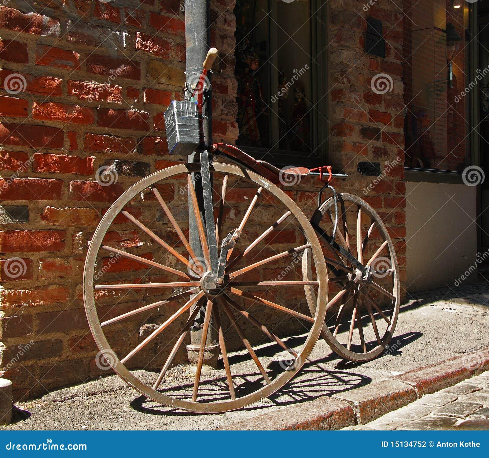 古色古香的自行车