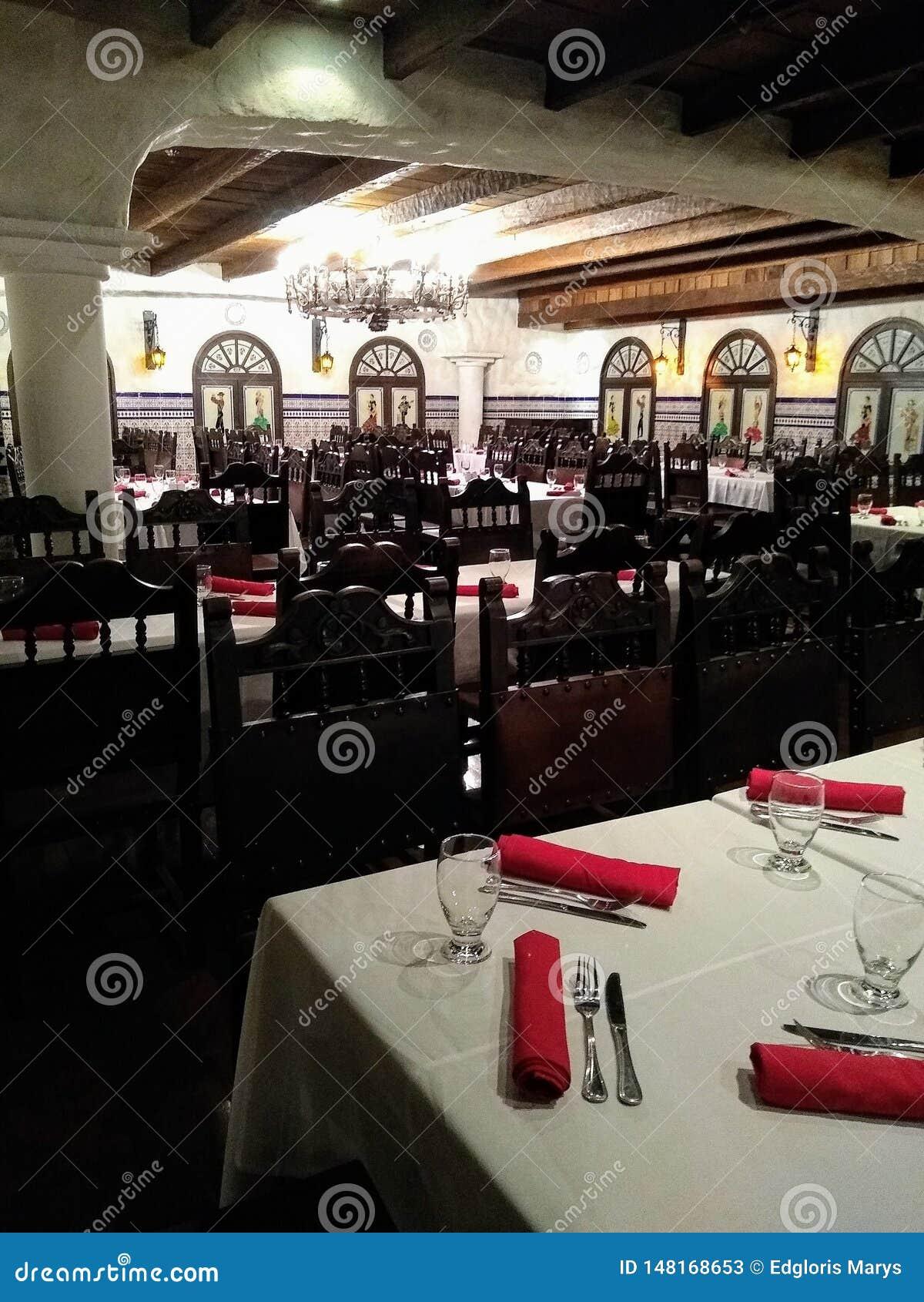 叫作tasca的西班牙餐馆在加拉加斯委内瑞拉,苦楝根皮加拉加斯旅馆