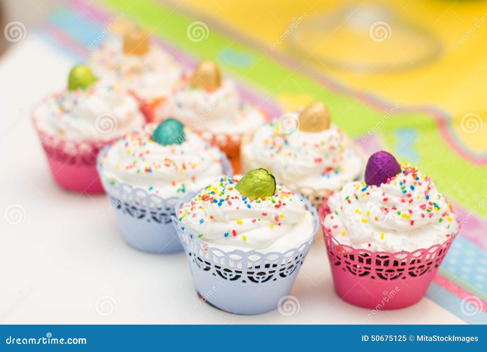 Download 可口点心松饼 库存图片. 图片 包括有 特写镜头, 没人, 蛋糕, 糖果, 巧克力, 食物, 营养, 滋补 - 50675125