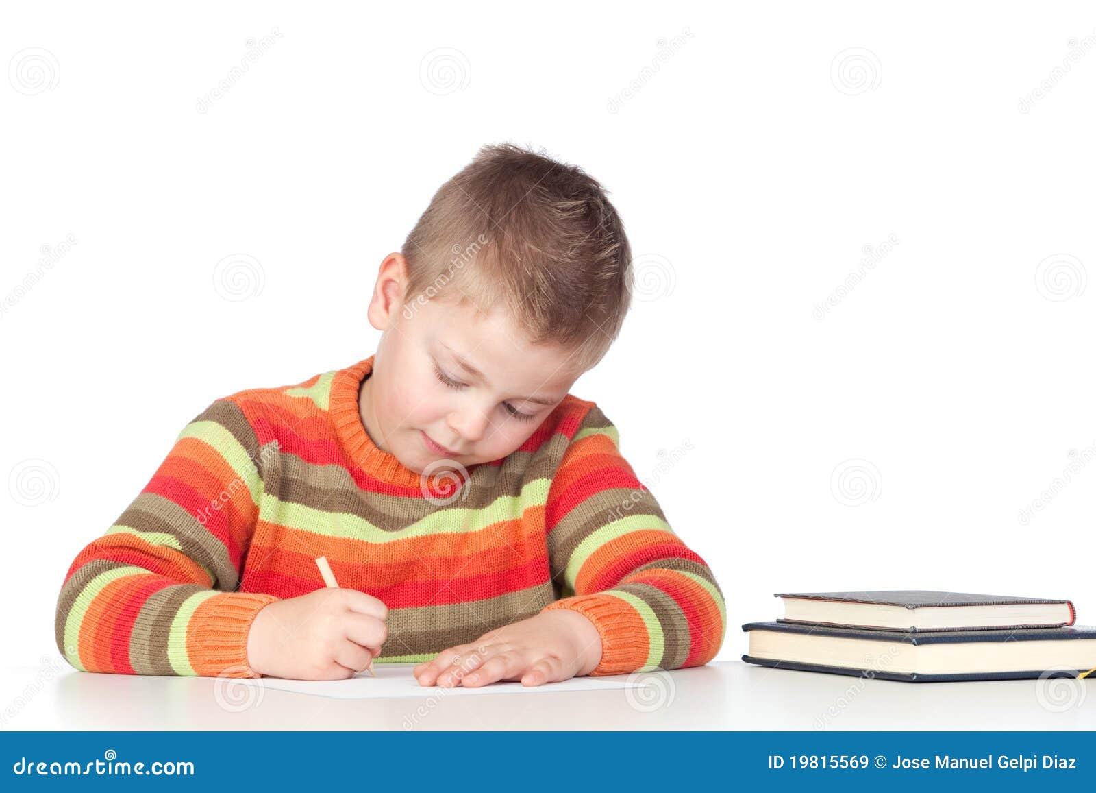 可爱男孩学习