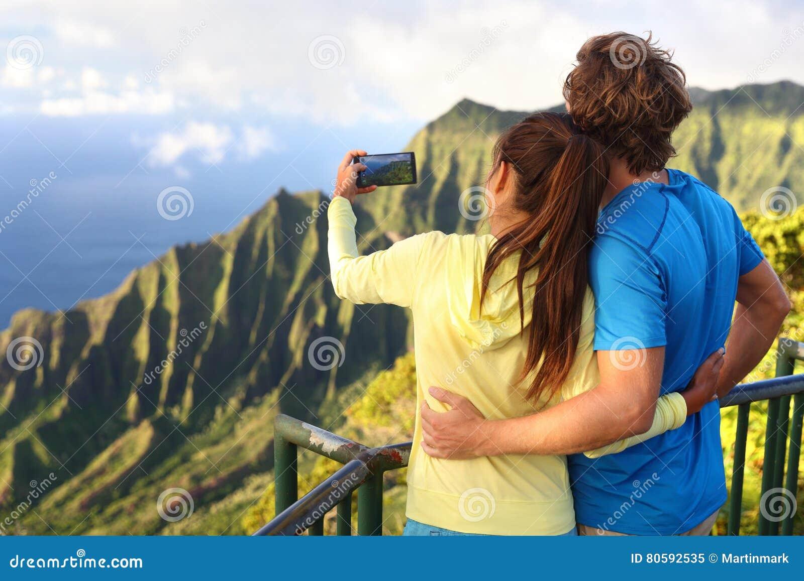 结合拍照片夏威夷假期在考艾岛