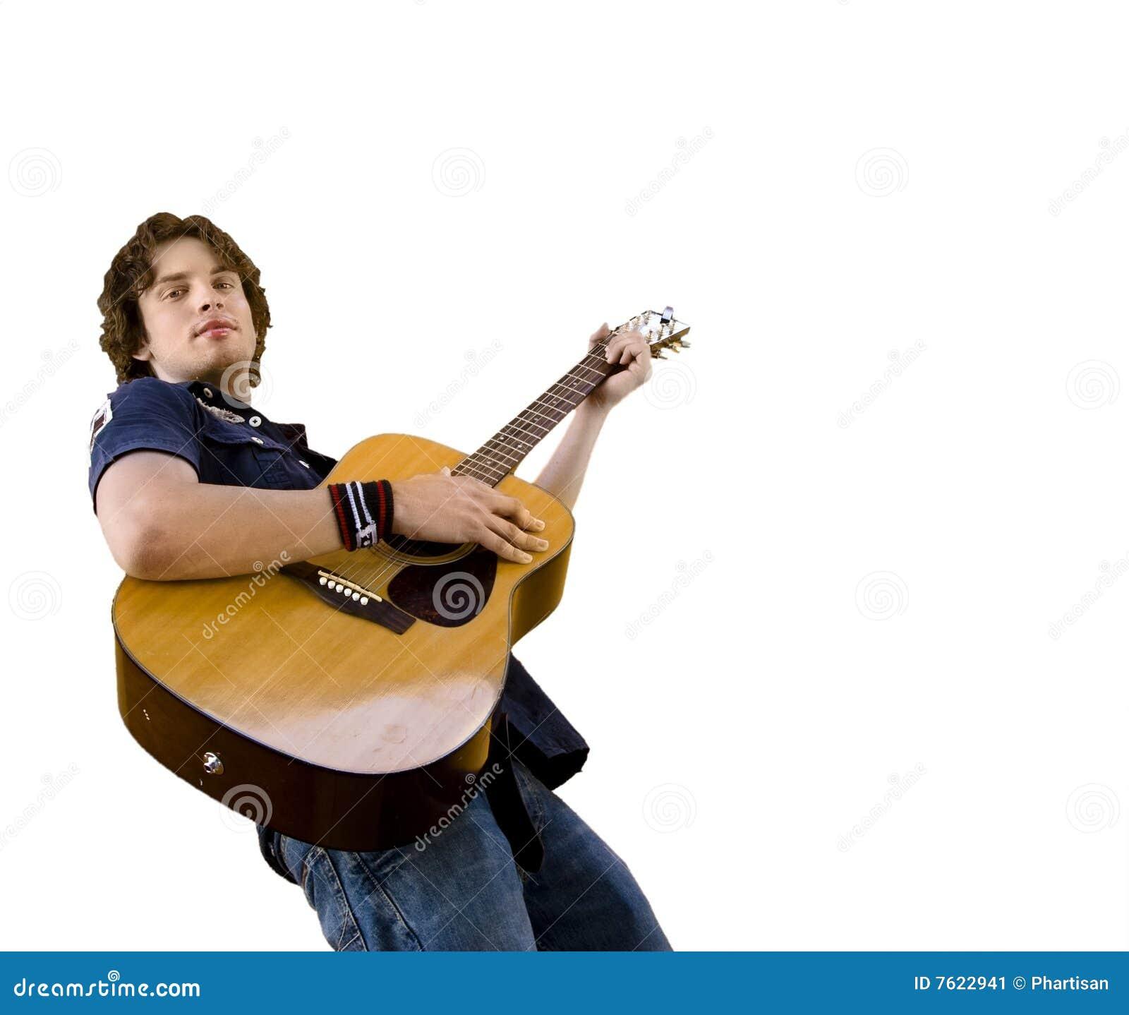 吉他英俊的男使用