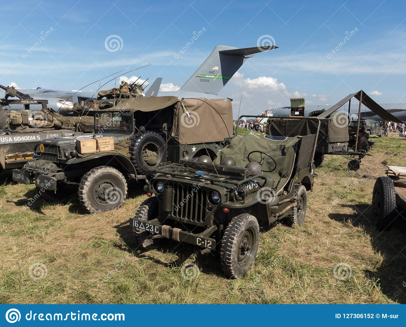 吉普威力斯MB和其他历史军车