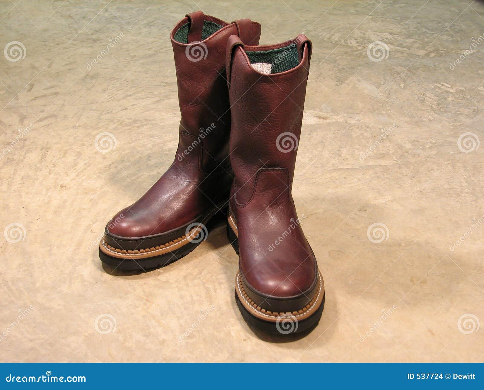 Download 启动对 库存照片. 图片 包括有 皮革, browne, 清单, 工作, 安全性, 惠灵顿, 脚趾, 鞋类, 痛饮 - 537724