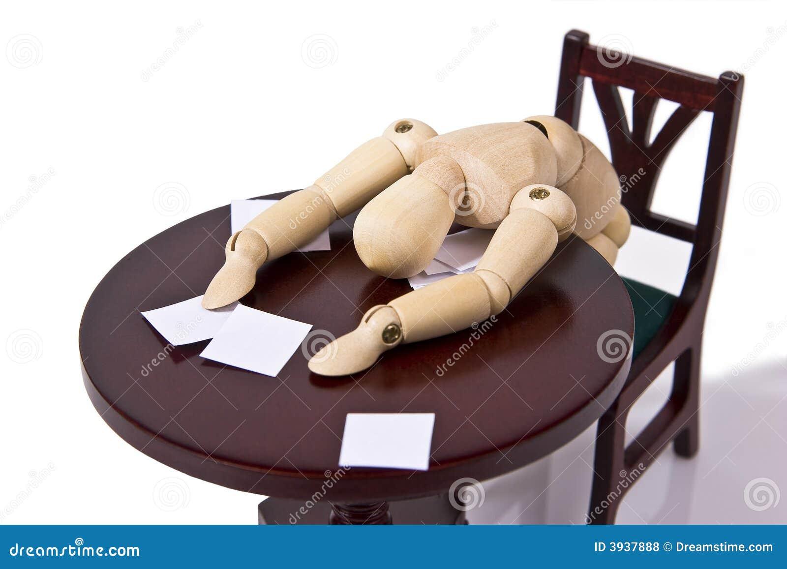 员工劳累了过度