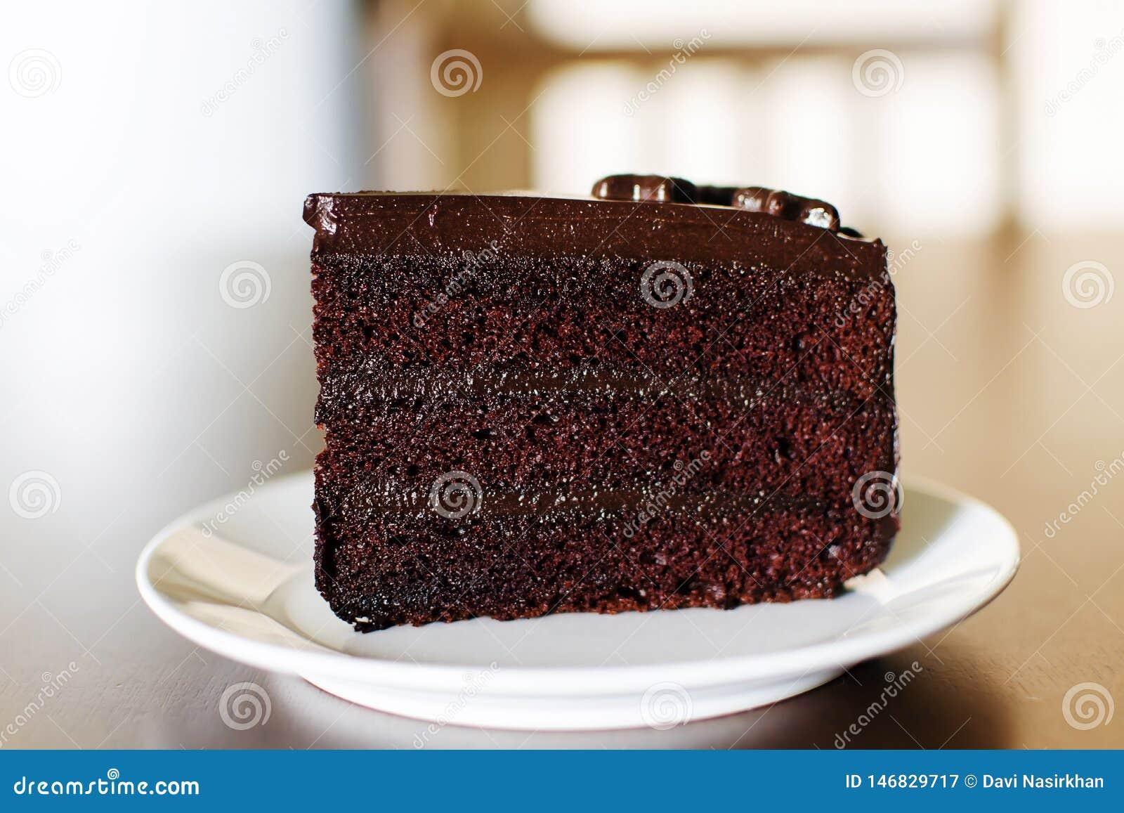 周年的美味的黑暗的巧克力蛋糕