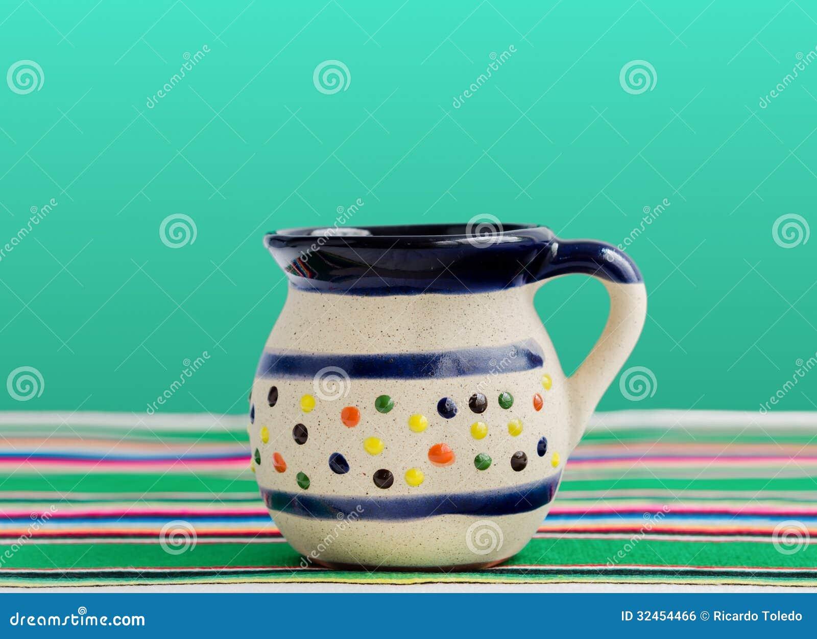 咖啡和热的饮料的墨西哥杯