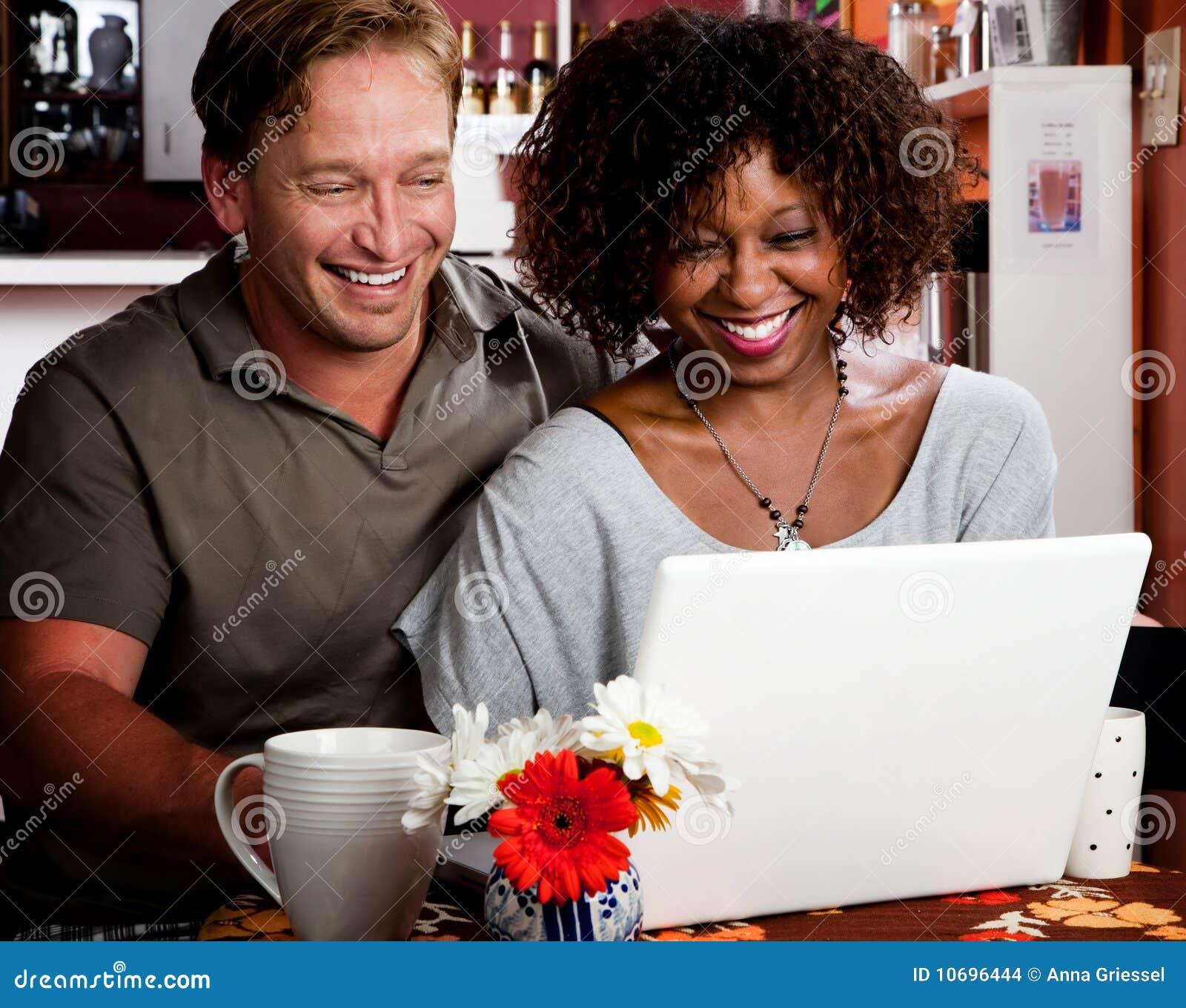 咖啡comp夫妇房子膝上型计算机混合的ਮ