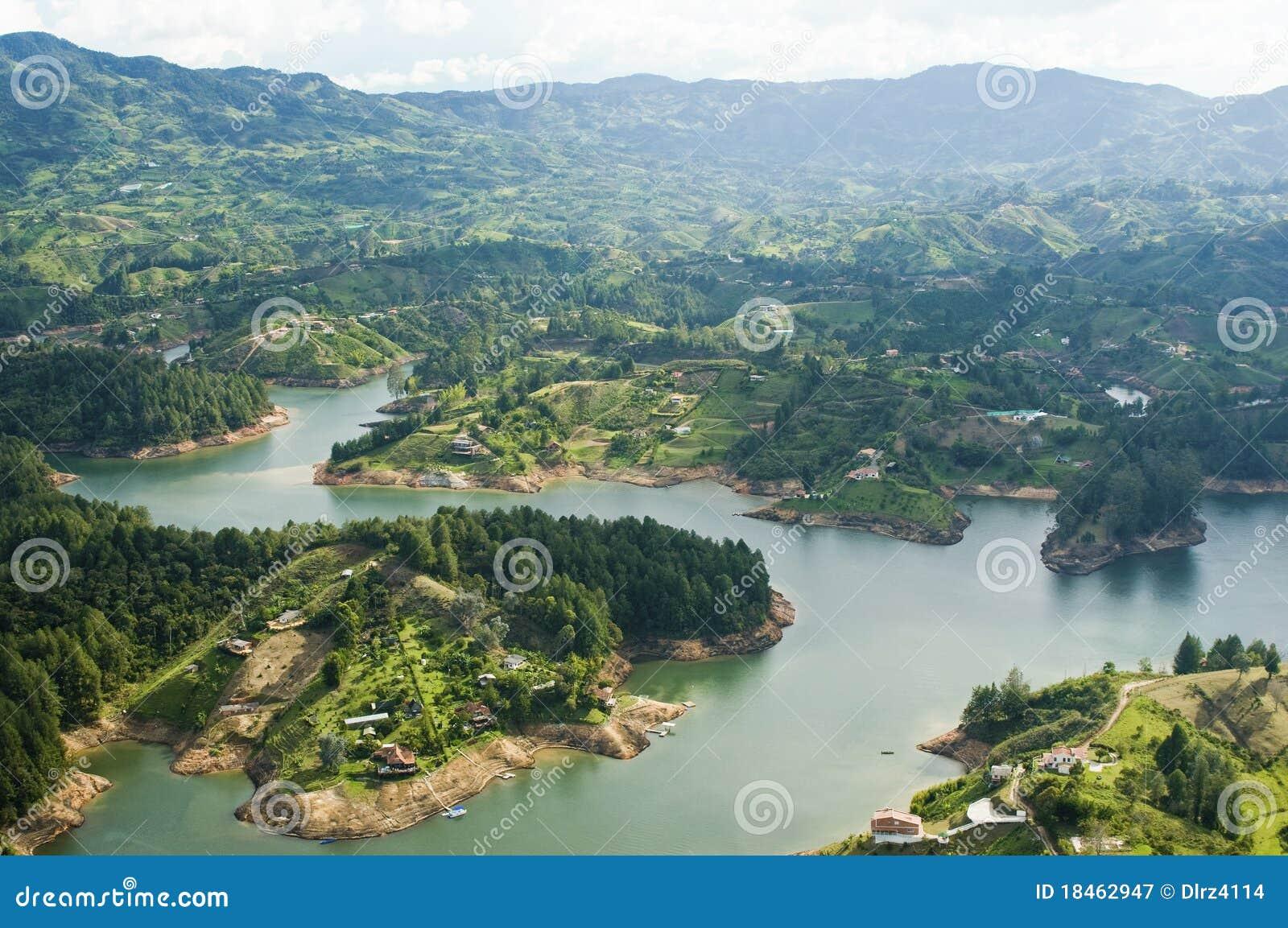 哥伦比亚guatape湖