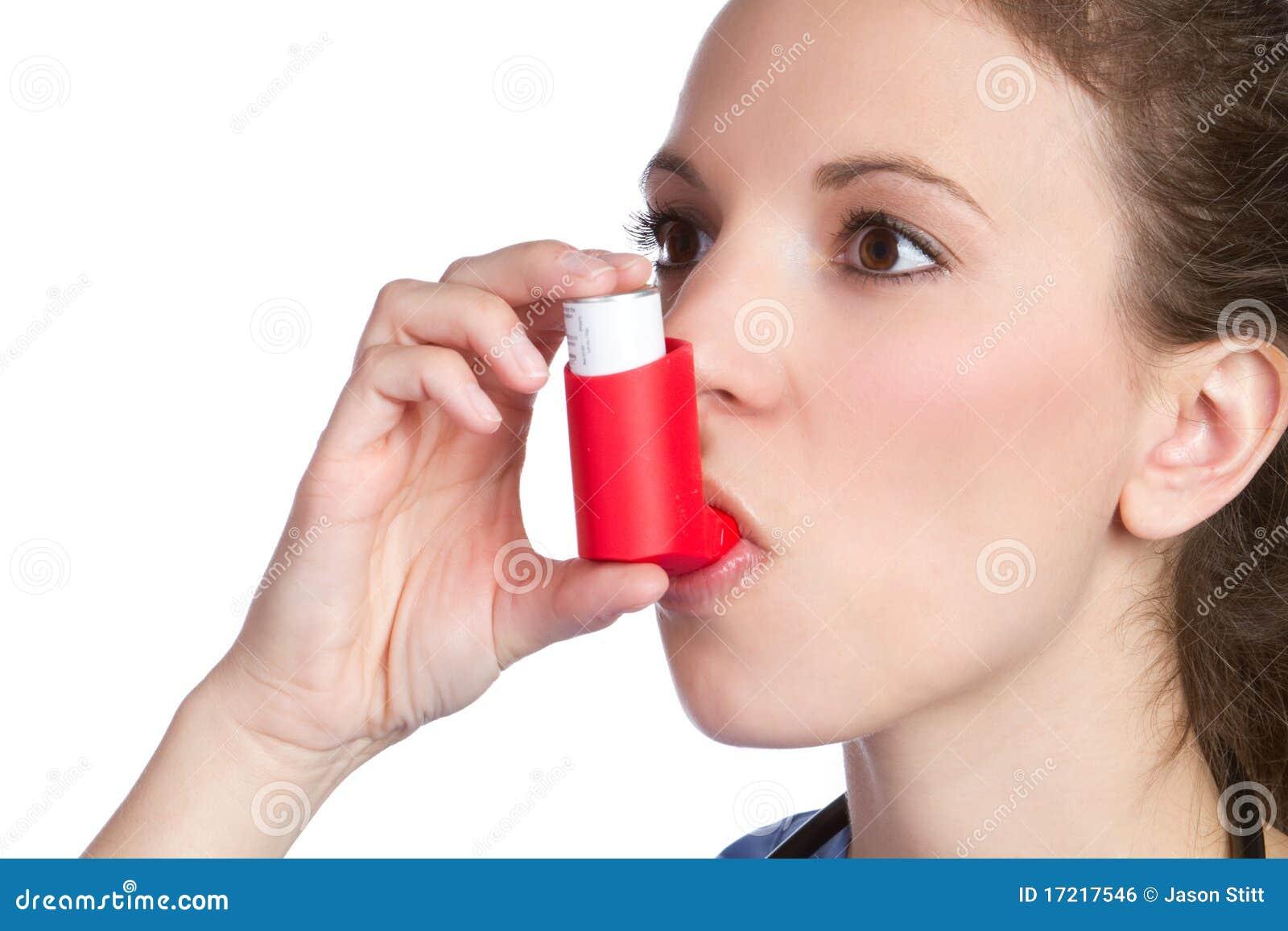 哮喘女孩吸入器