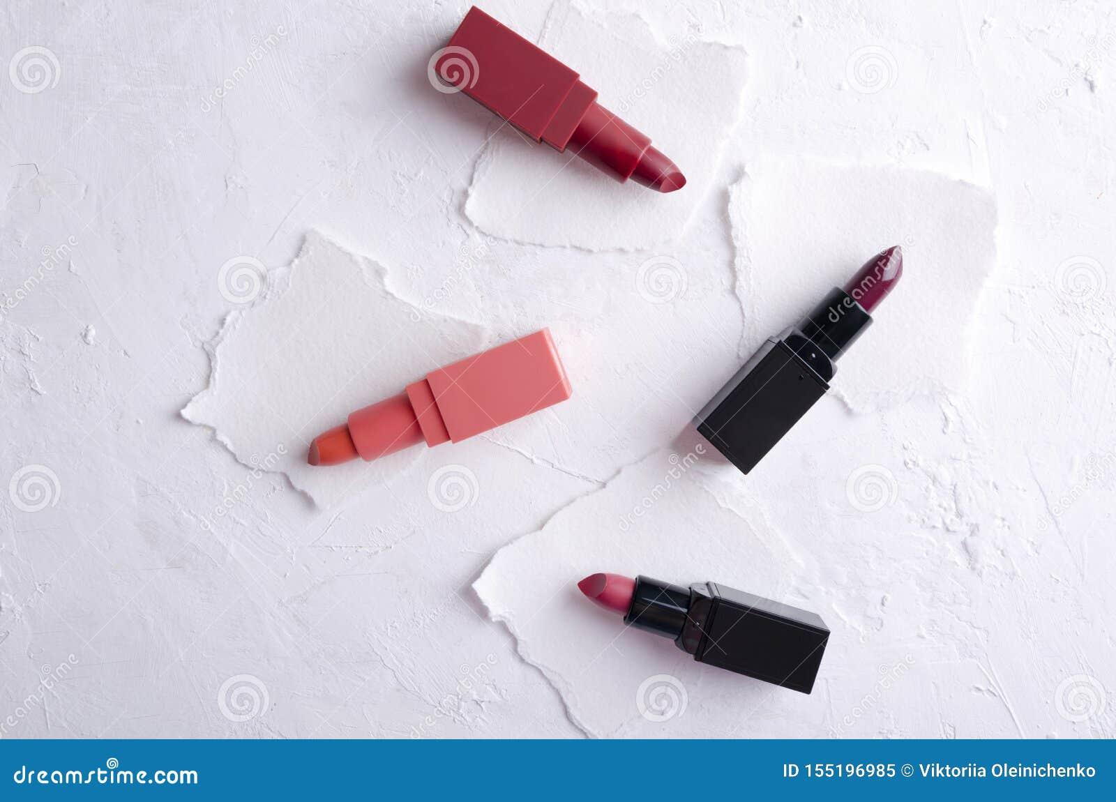 唇膏不同颜色的例子在本文的
