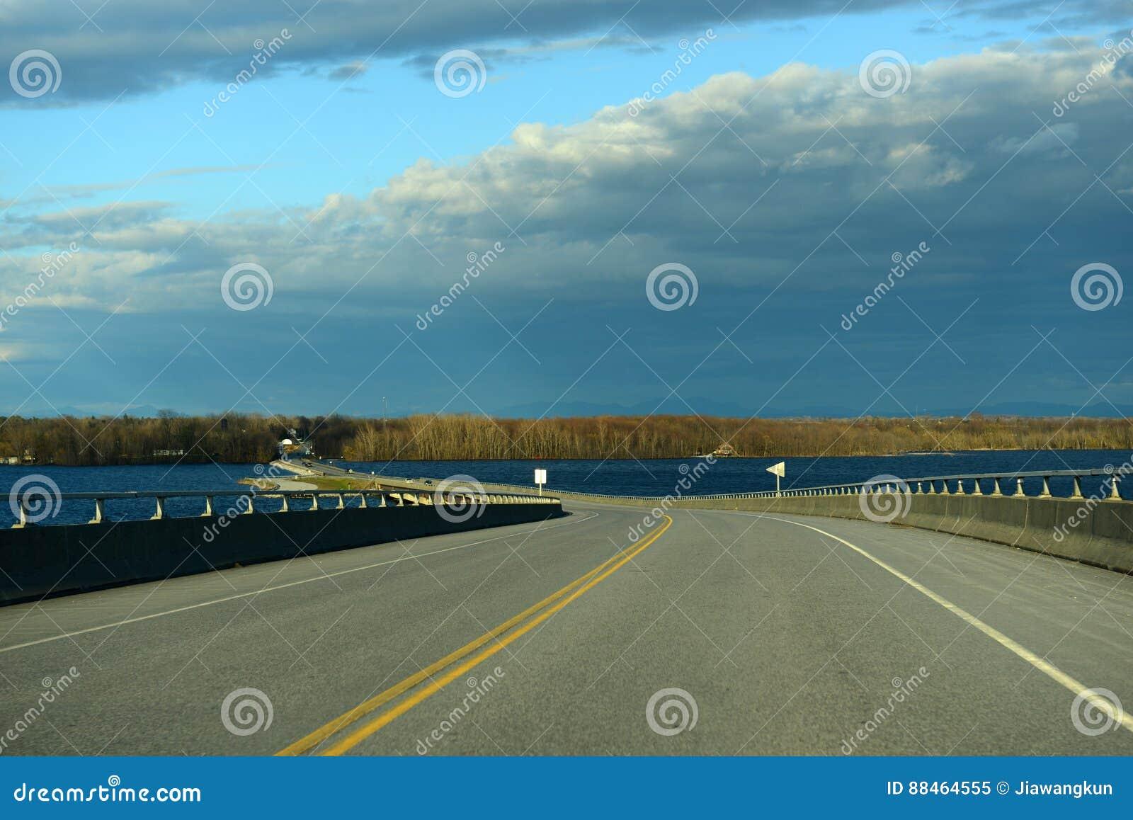 唤醒点桥梁,纽约上州,美国
