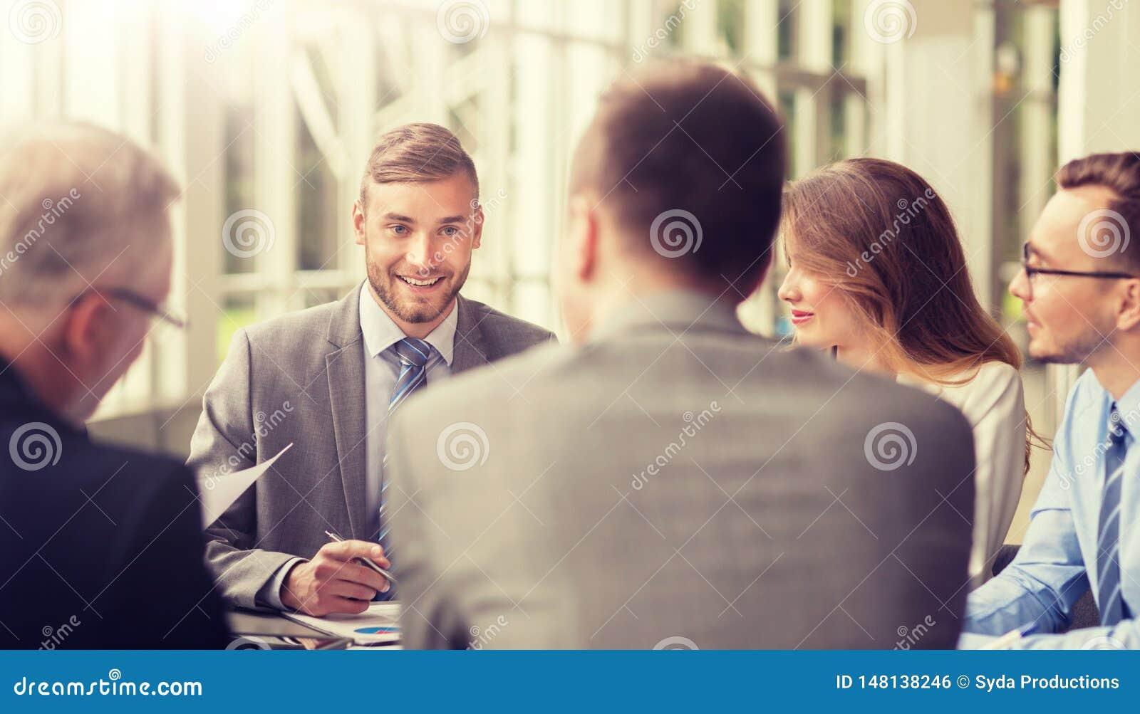 商人会议在办公室