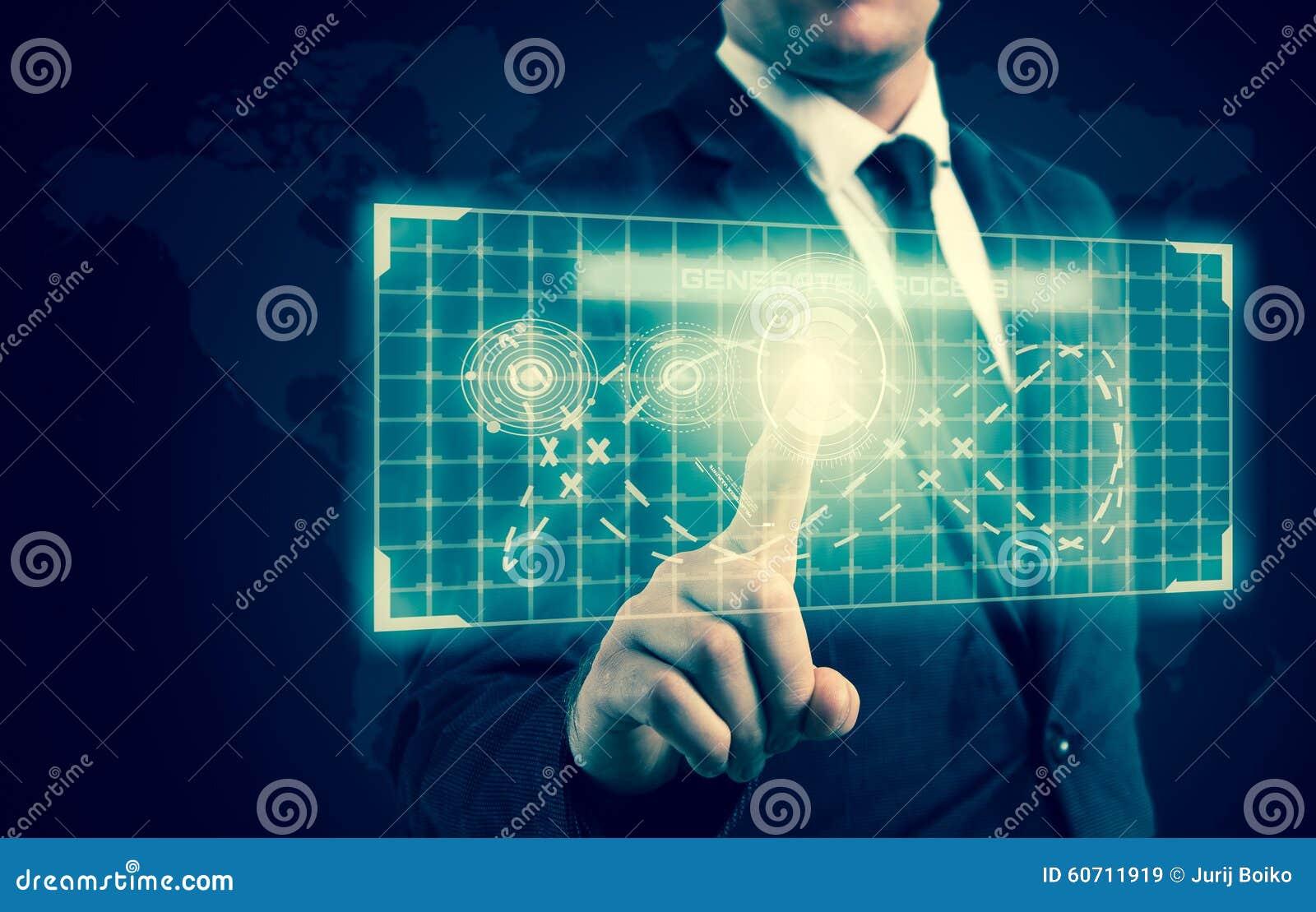 商人按在高科技显示的一个按钮