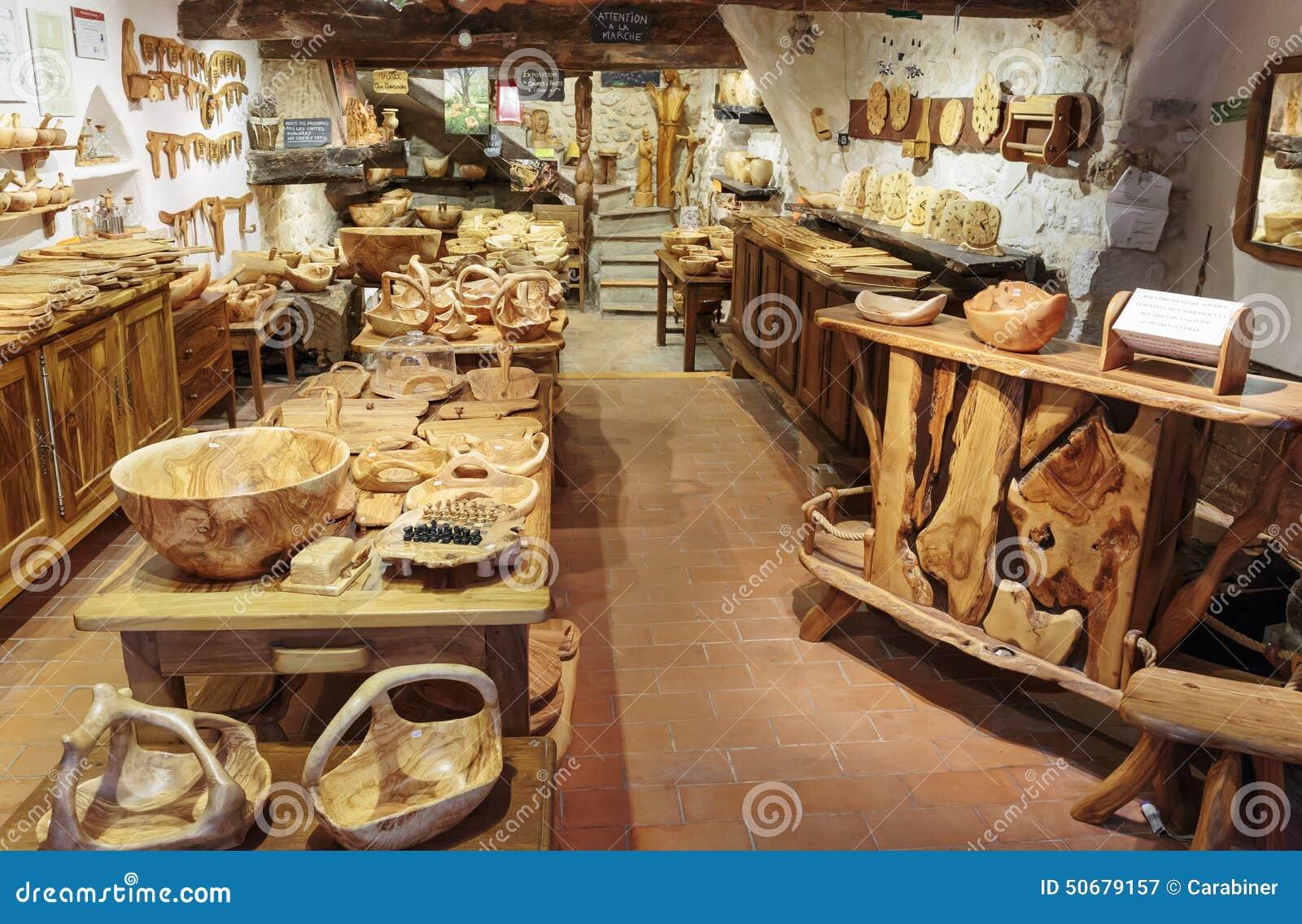 Download 商店木纪念品在村庄TOURRETTES-SUR-LOUP,法国 图库摄影片 - 图片 包括有 贸易, 欧洲: 50679157