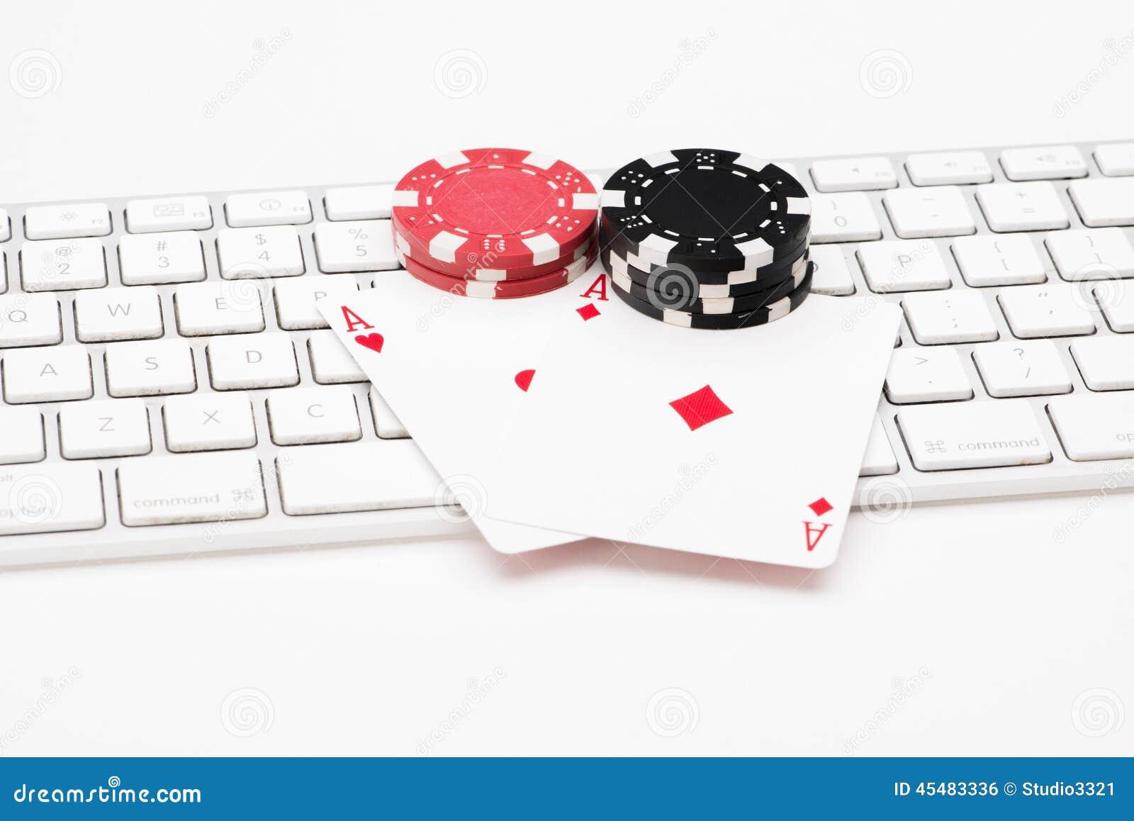 啤牌卡片和芯片在网键盘