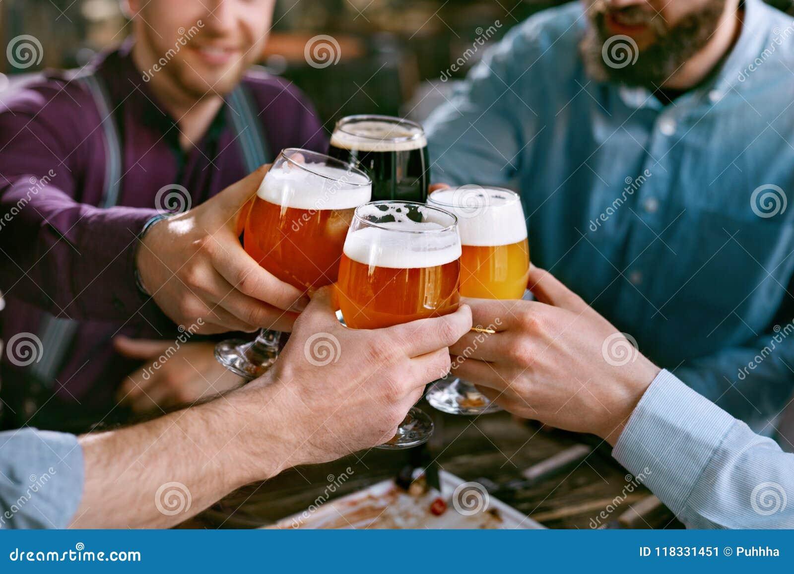 啤酒喝 培养杯啤酒的朋友