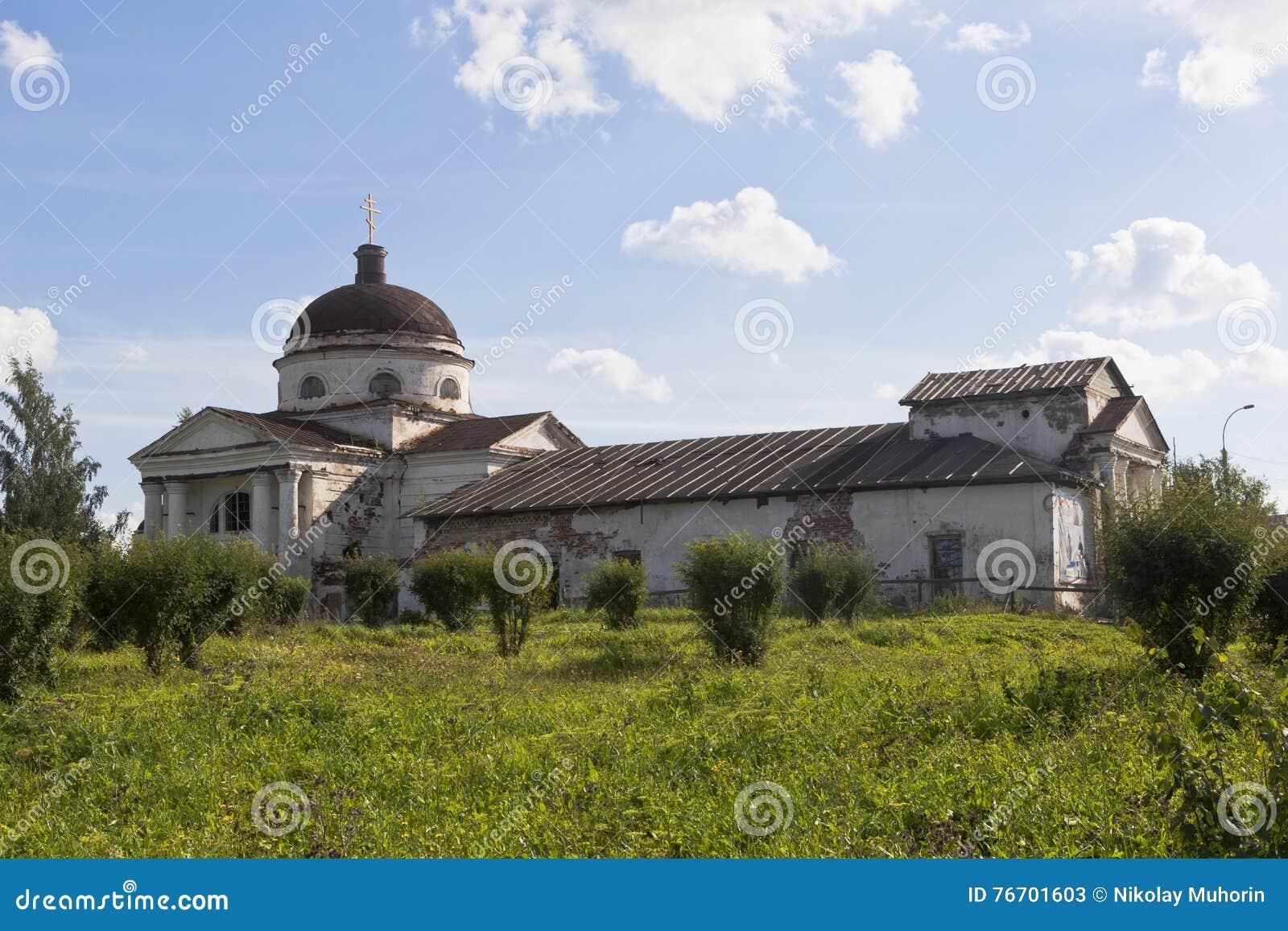 喀山大教堂在Kirillov,沃洛格达州地区镇