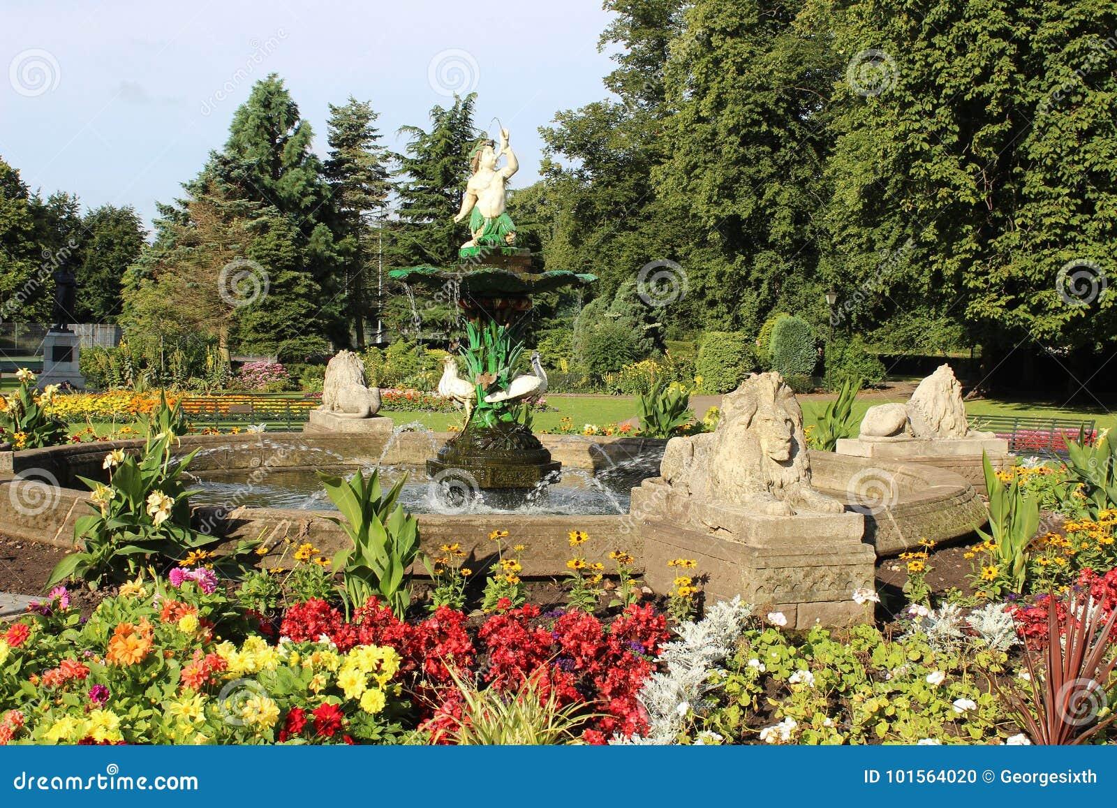 喷泉,博物馆庭院,烽火台公园,利奇菲尔德