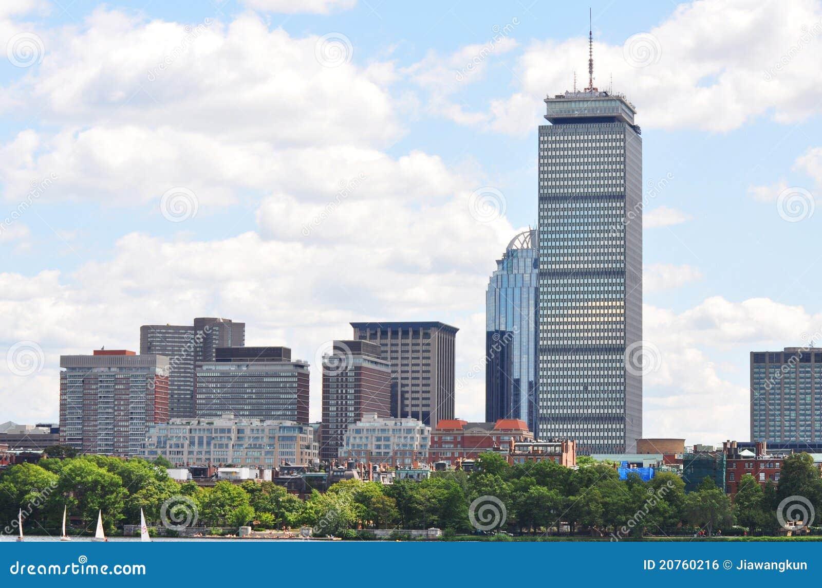 回到海湾波士顿中心谨慎