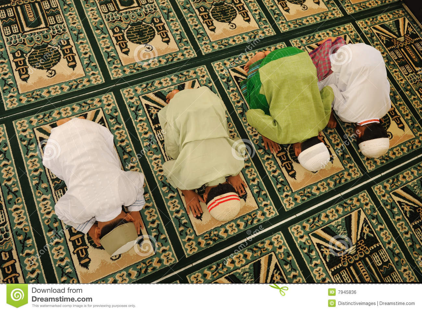 回教孩子祈祷ramadan