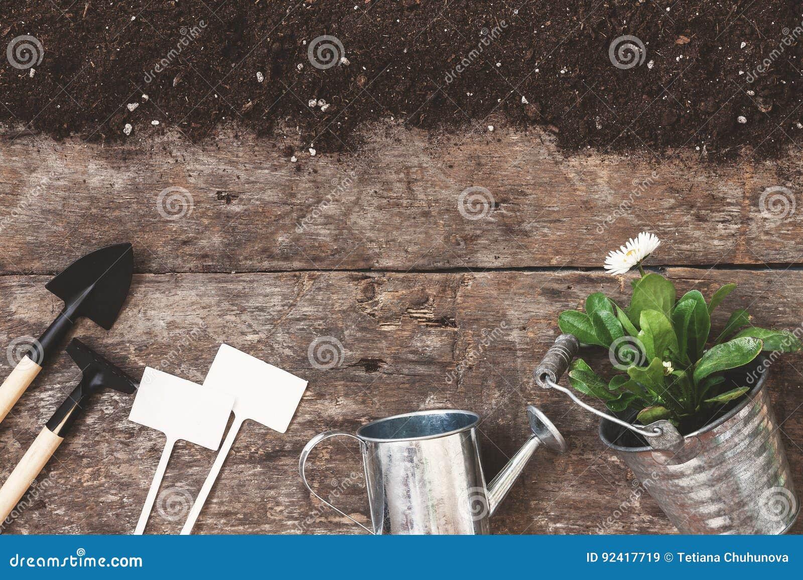 园艺工具,铁锹,犁耙,喷壶,桶, pla的片剂