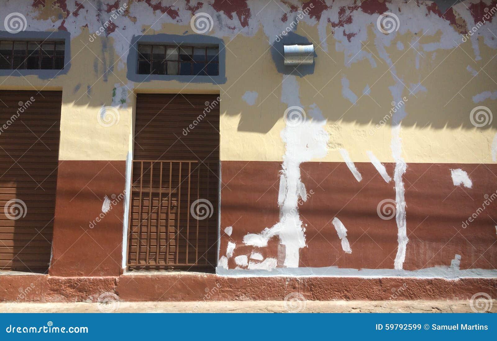 固定的墙壁