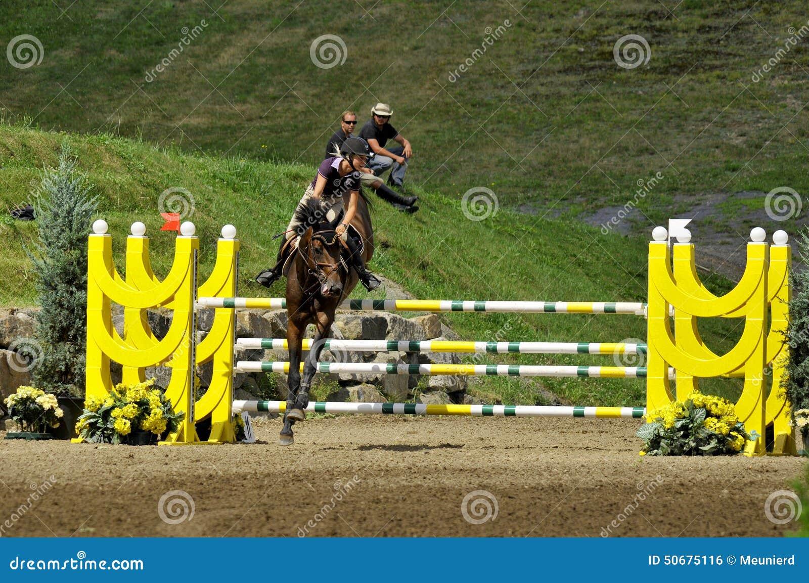 Download 国际BROMONT 编辑类照片. 图片 包括有 结算, 国家, 骑师, 御马者, 空中, 奥林匹克, 活动 - 50675116